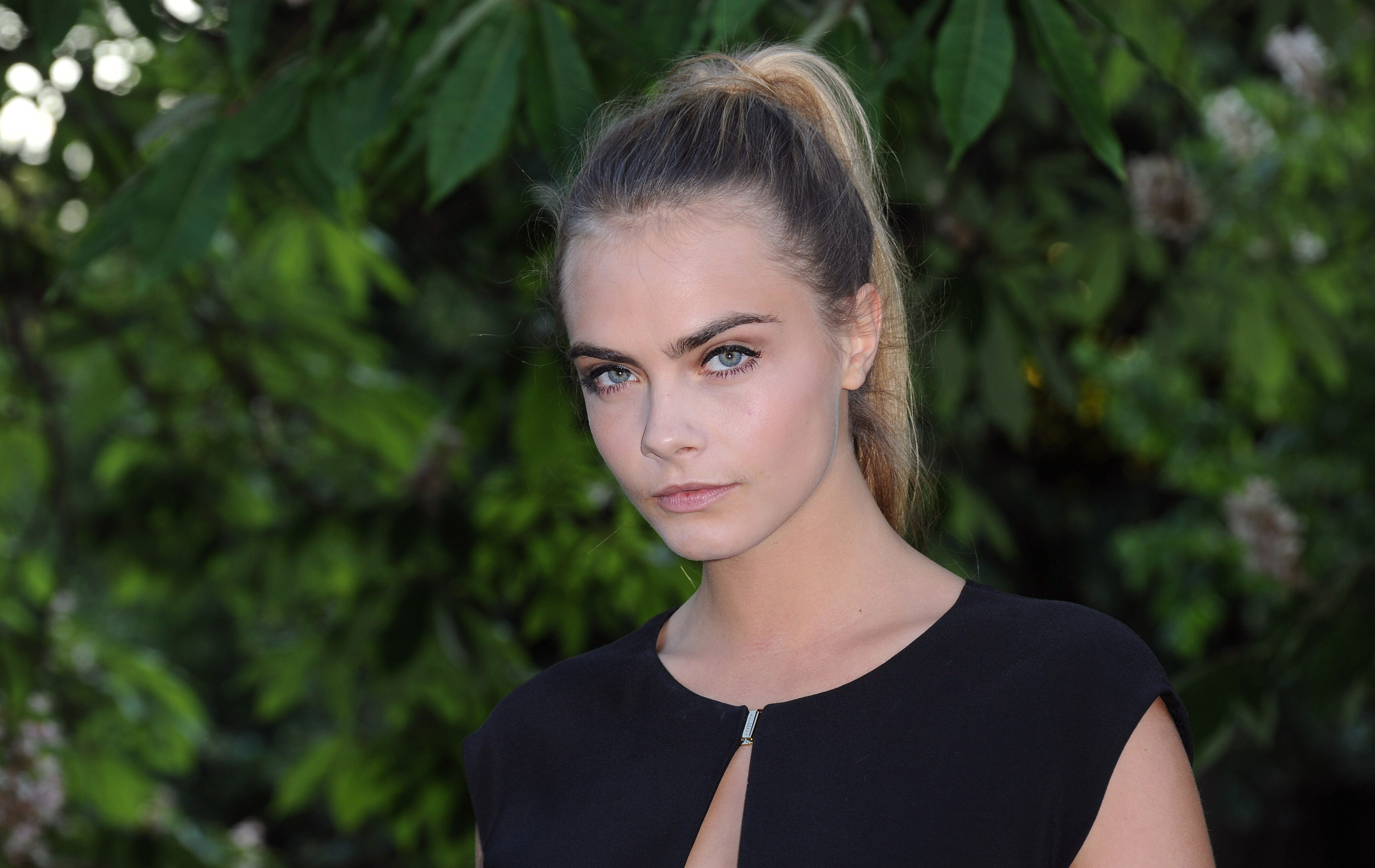 Cara Delevingne Got A White Tattoo Because She Already Has Enough In Black