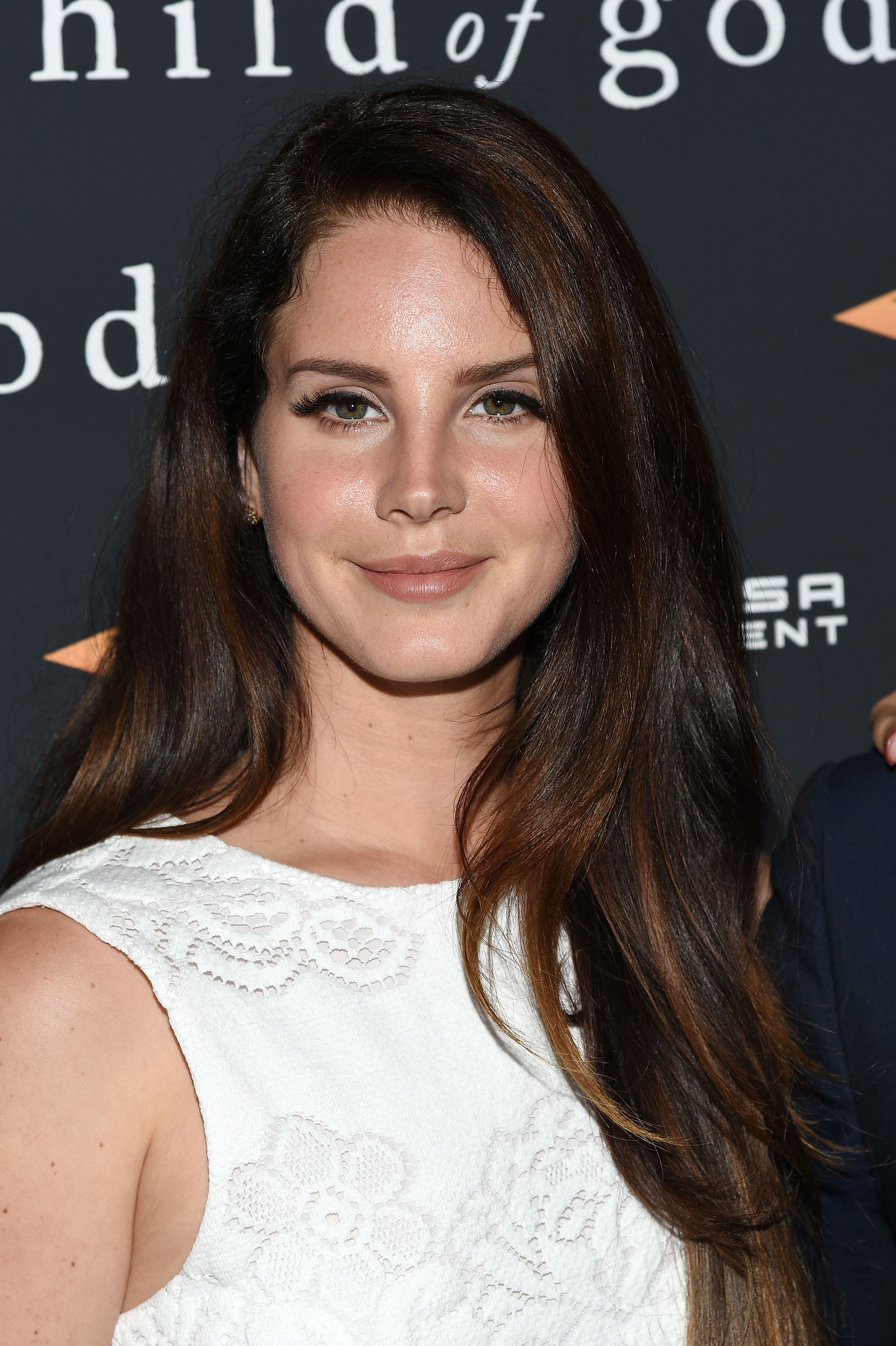 Lana Del Rey S New Song Big Eyes Teaser Is Hauntingly Beautiful Classic Lana Video