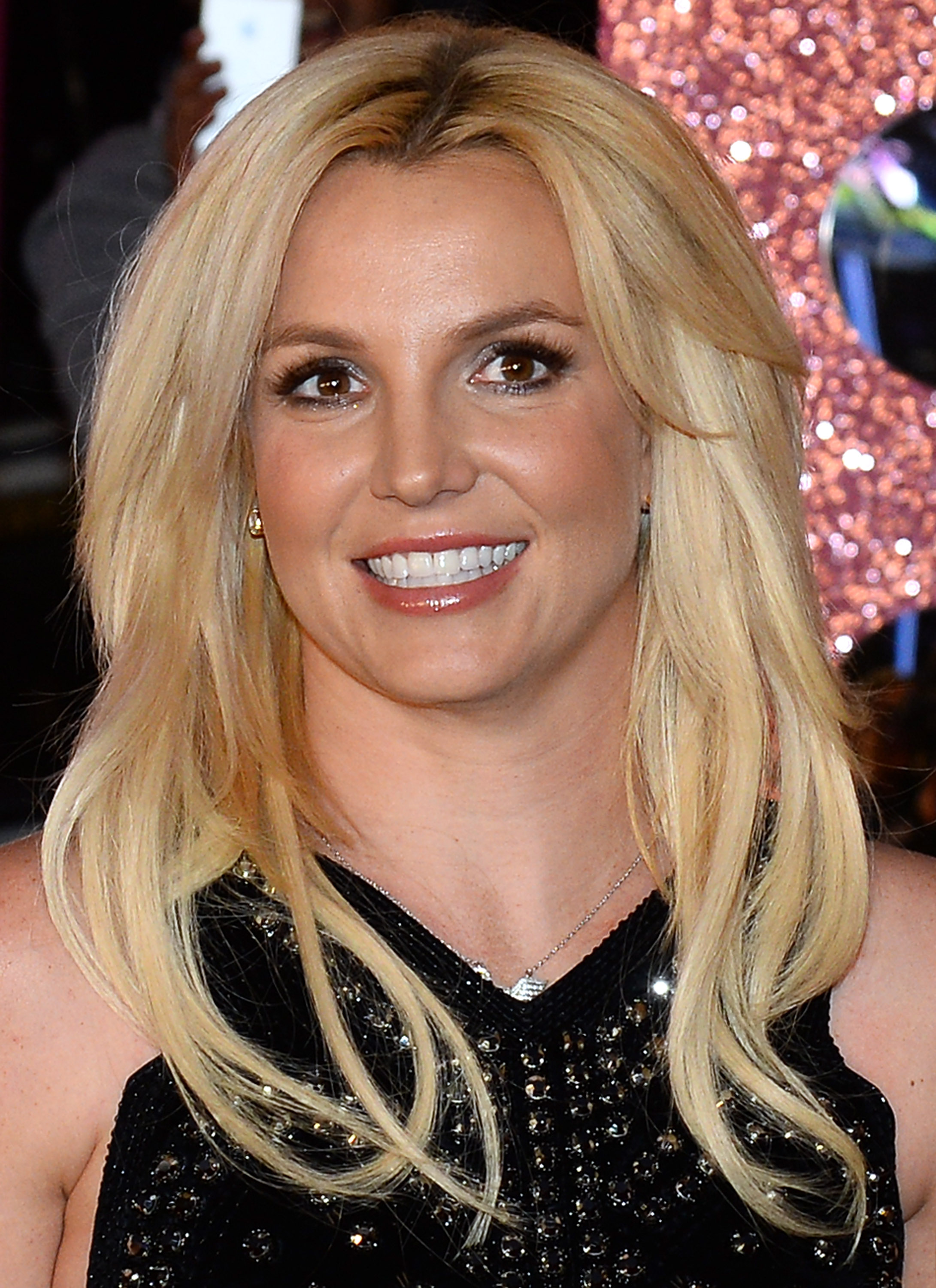 Spears Britney new blonde hair color pictures foto