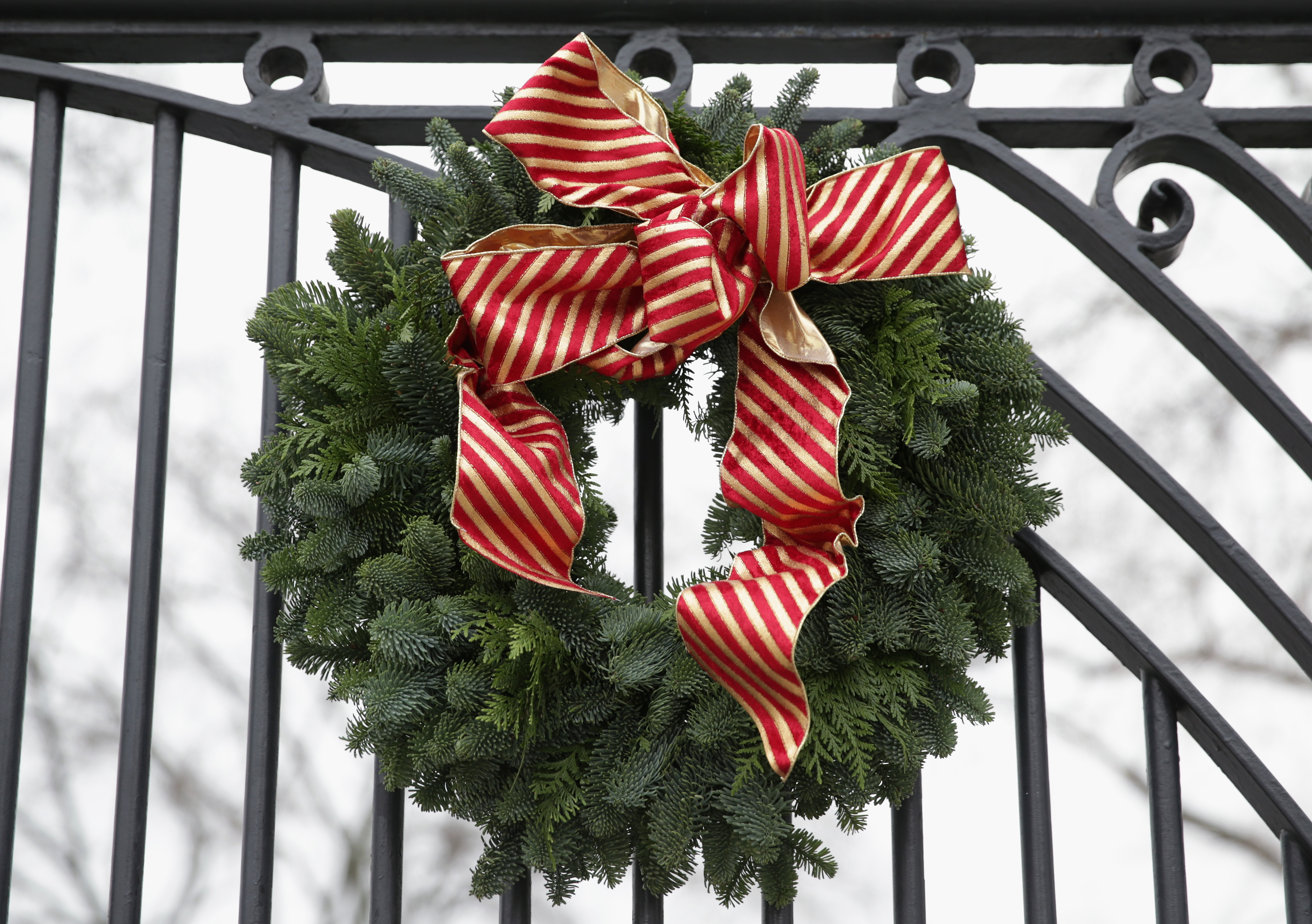 Why Do We Hang Wreaths At Christmas This Holiday Tradition Has
