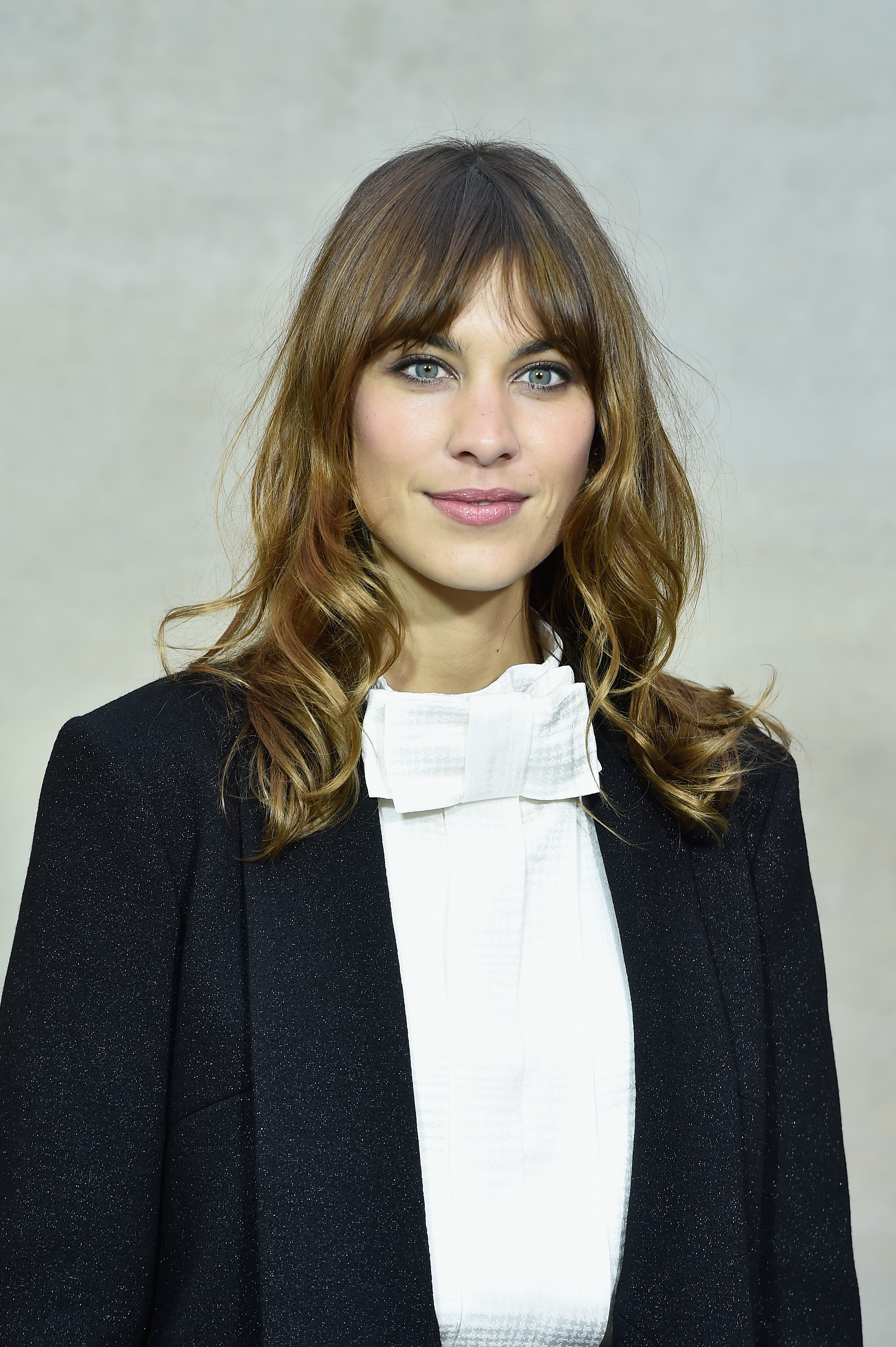 Graduation Hairstyles For Bangs That Will Still Look Adorable Under