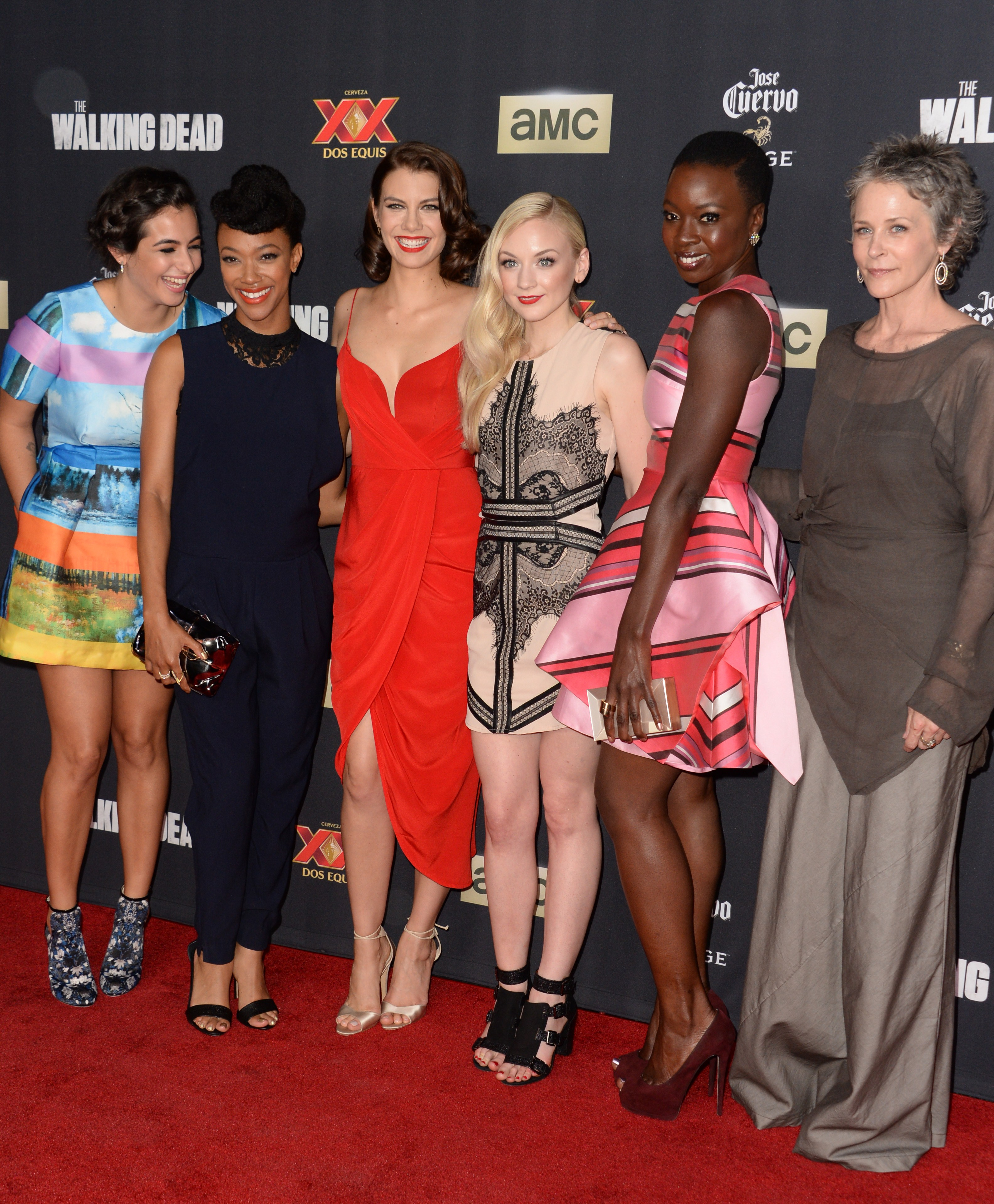 What Does The Walking Dead Cast Look Like In Real Life Women Of Series Are Just As Bad Offscreen