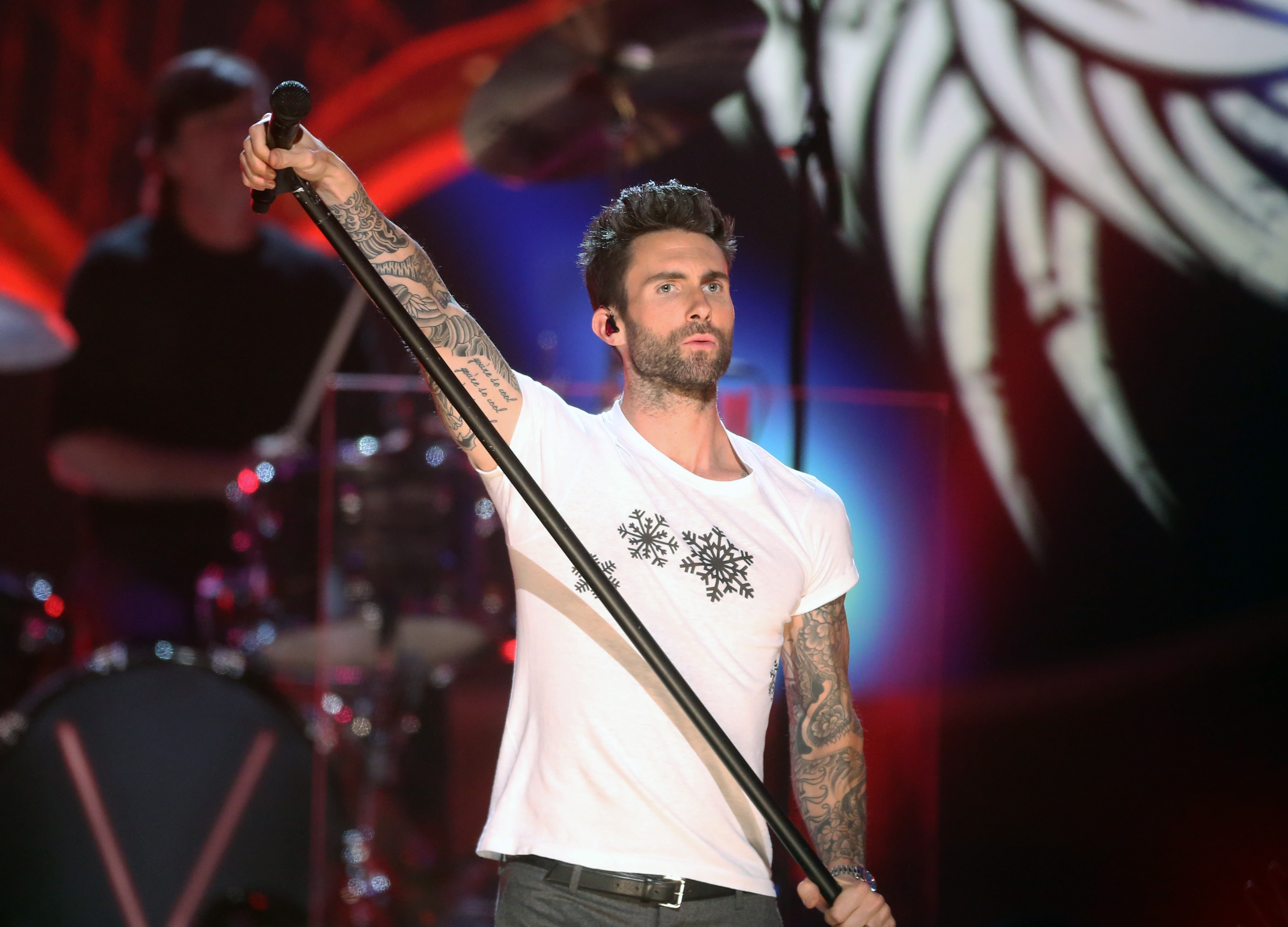 Maroon 5 Summer Songs Ranked From Awesome To Slightly Less Awesome (But  Still Amazing) — VIDEOS