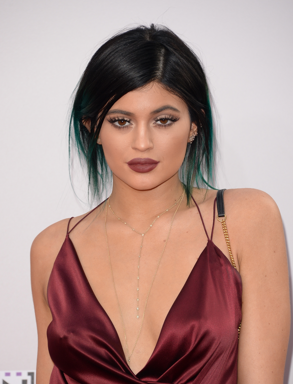 Kylie Jenner Tresse 6