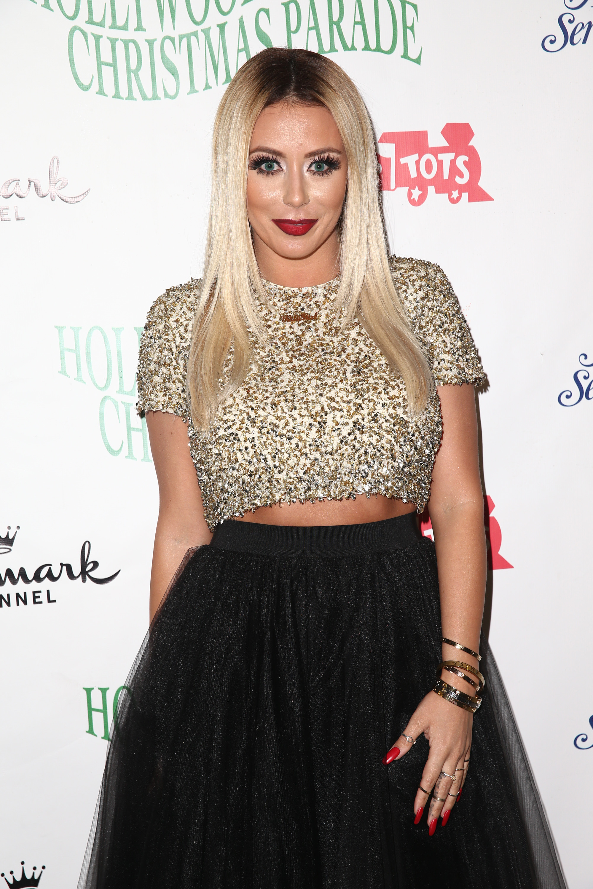Aubrey o'day dating travis garland