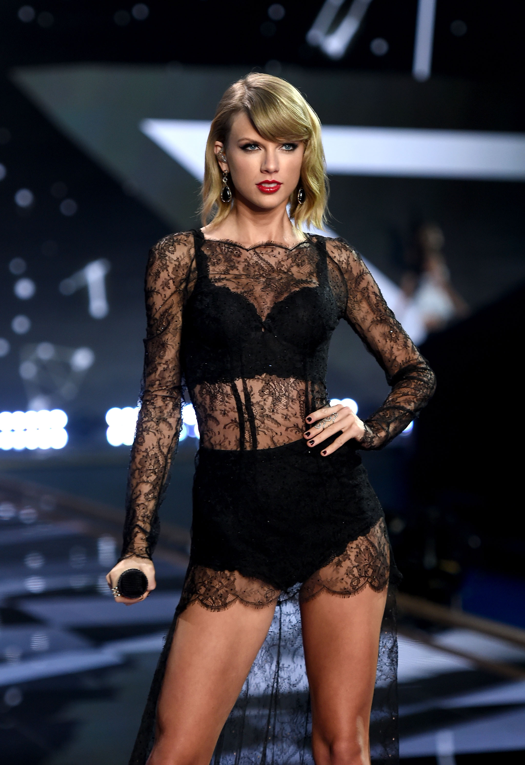 2046022cdecd Is Taylor Swift At The Victoria s Secret Fashion Show  Her Squad Is  Definitely In Attendance