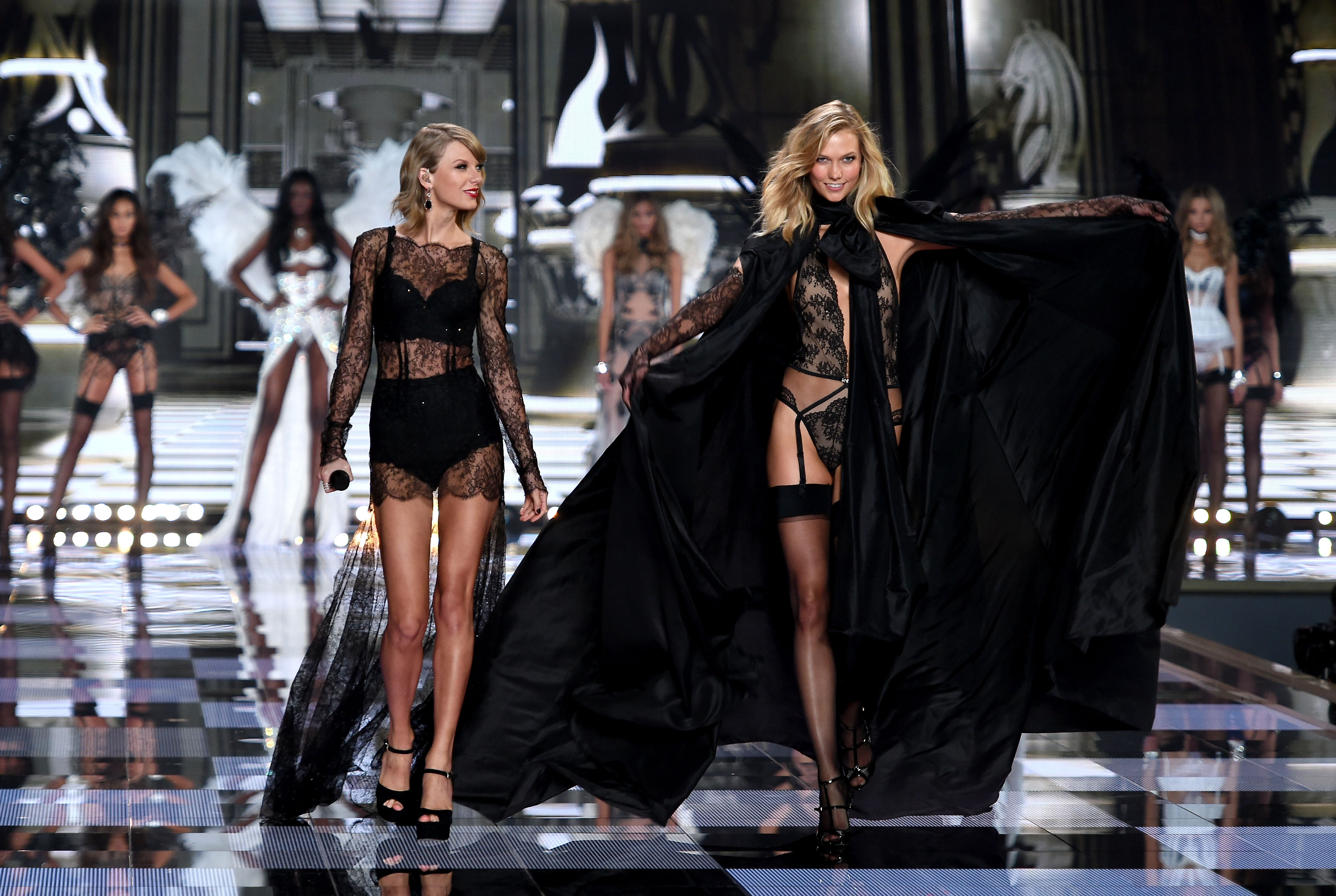 The Victoria\'s Secret Fashion Show is Designed for Women, Not Men ...