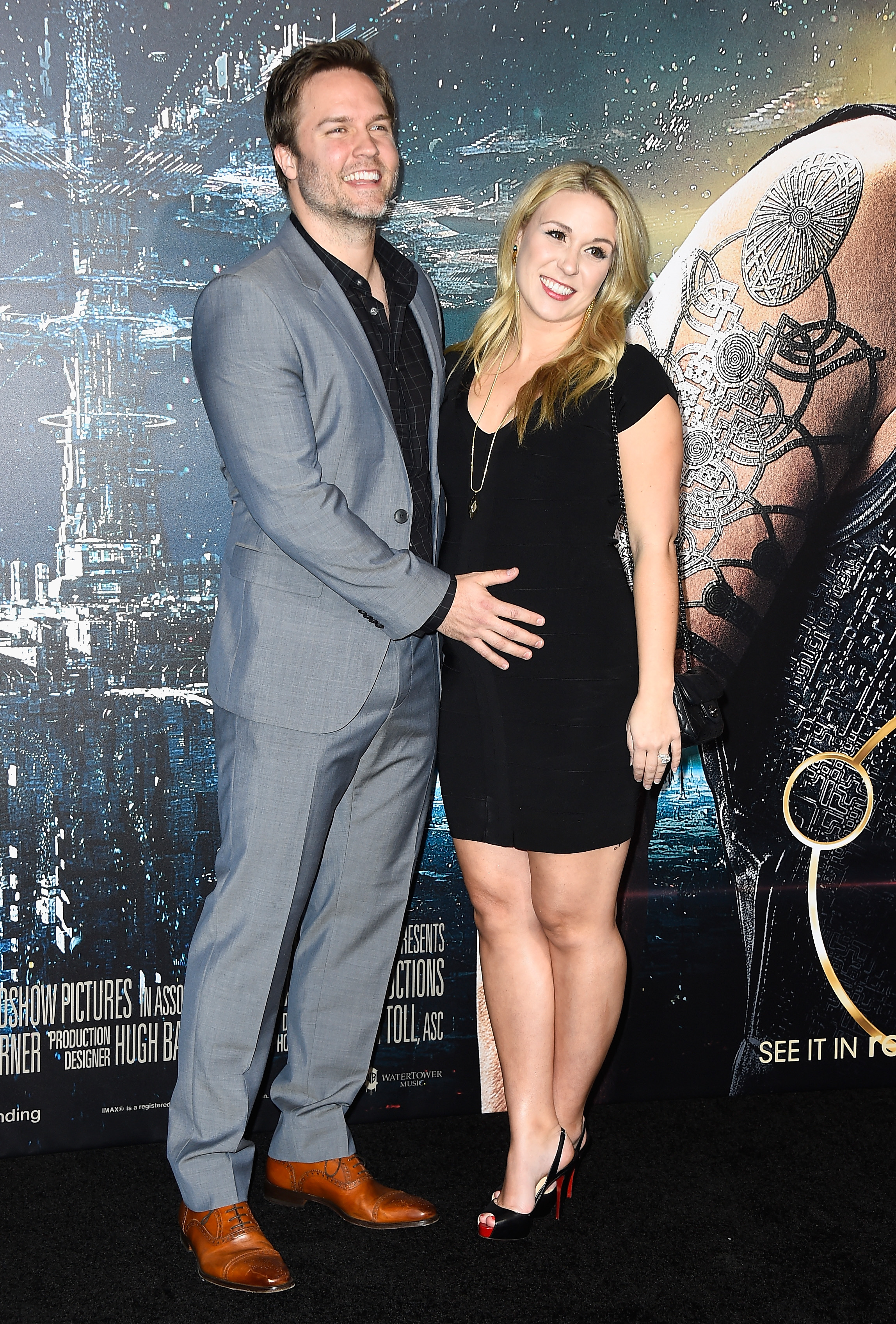 Scott Porter Is Expecting A Baby With Wife Kelsey Mayfield
