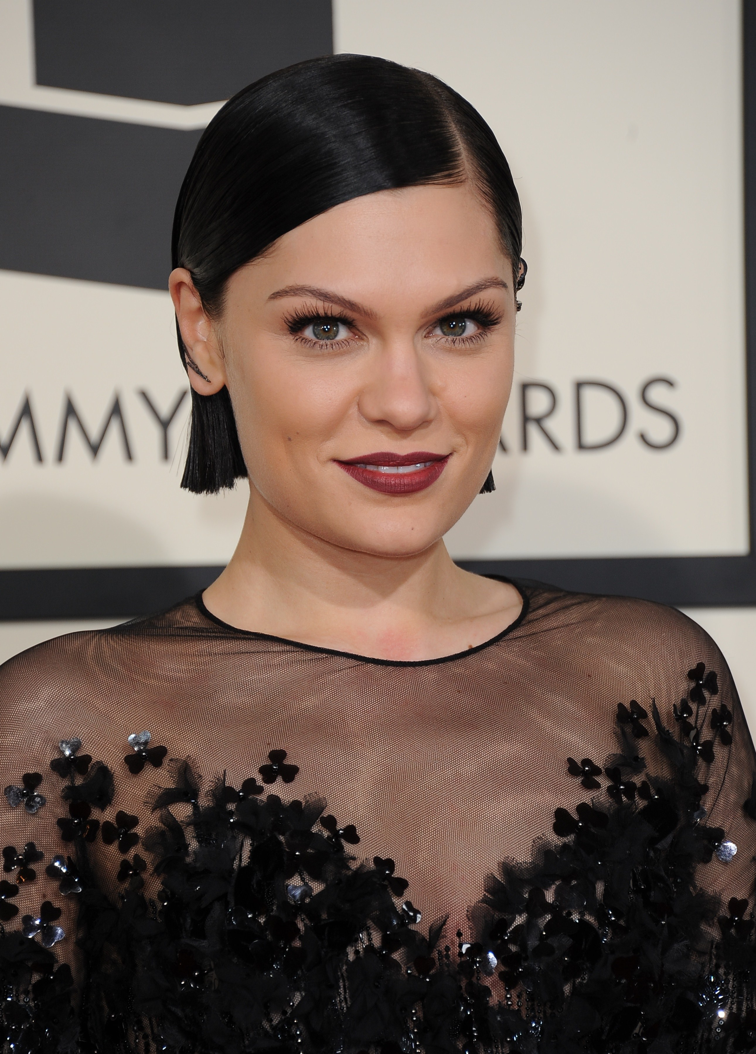 Jessie J Debuts A Jet Black Bob After Switching Her Hair Color Five