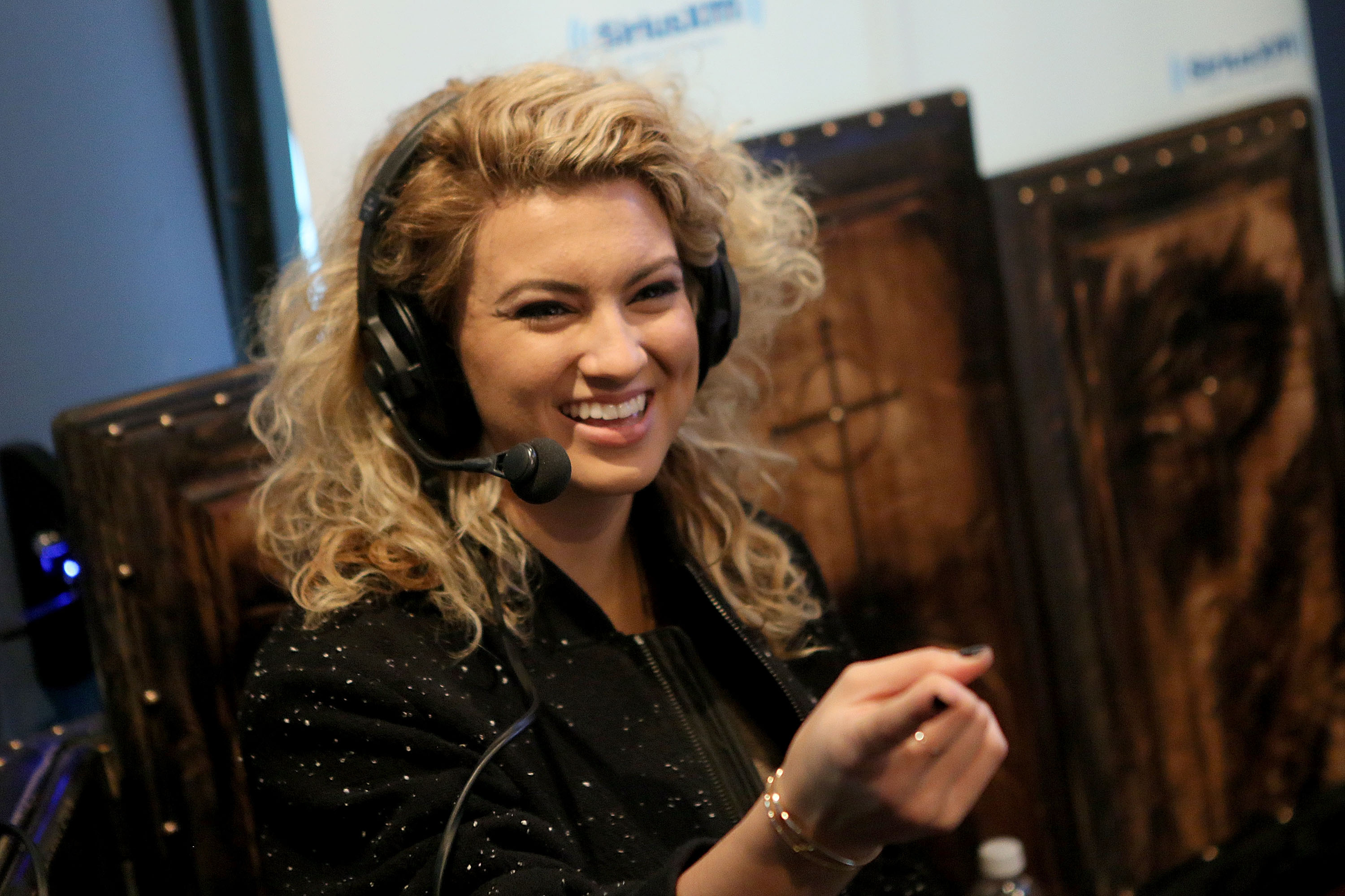 your words tori kelly