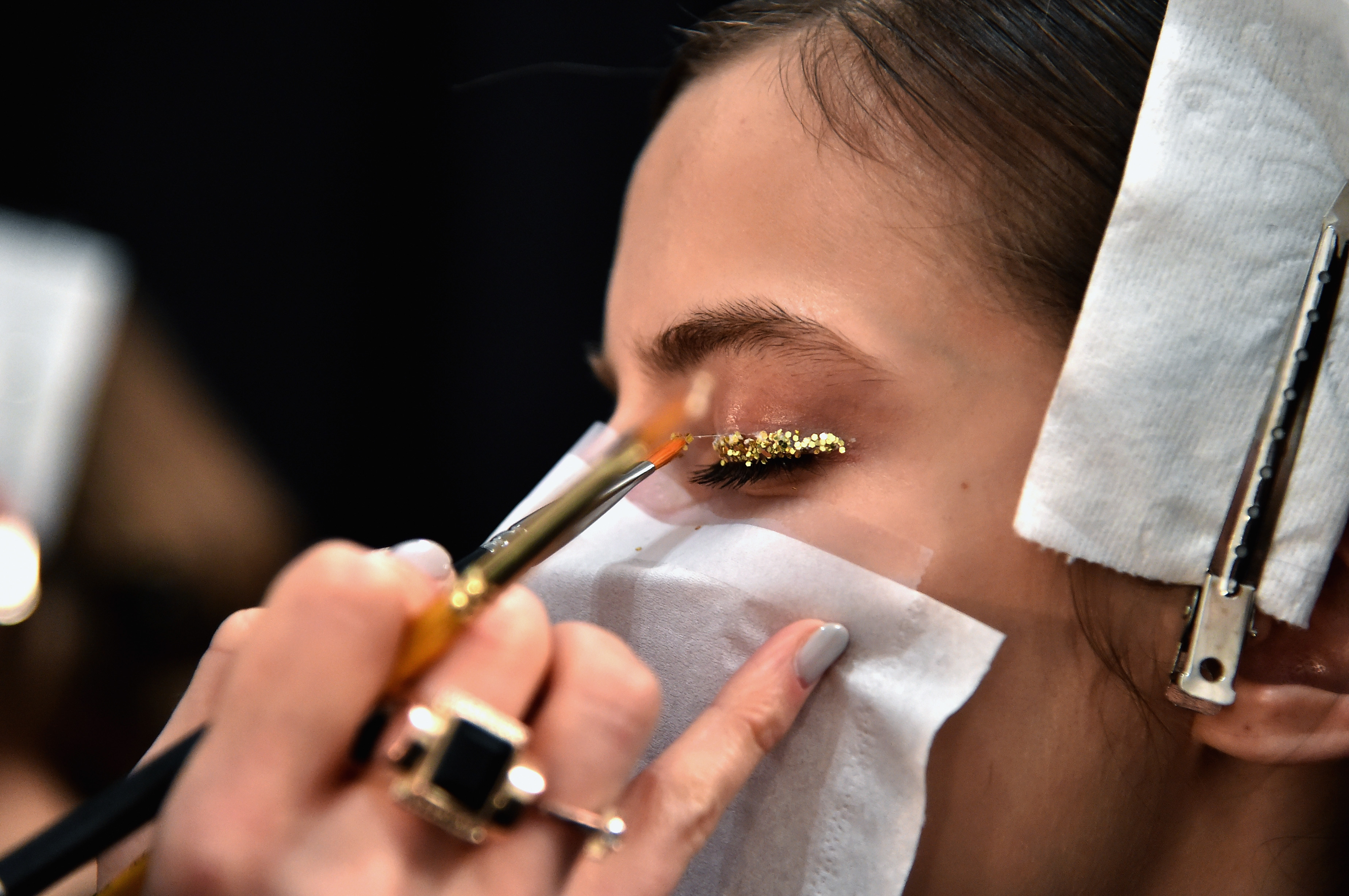 How To Pull Off Glitter Eye Makeup Without Getting Rogue Sparkles ...