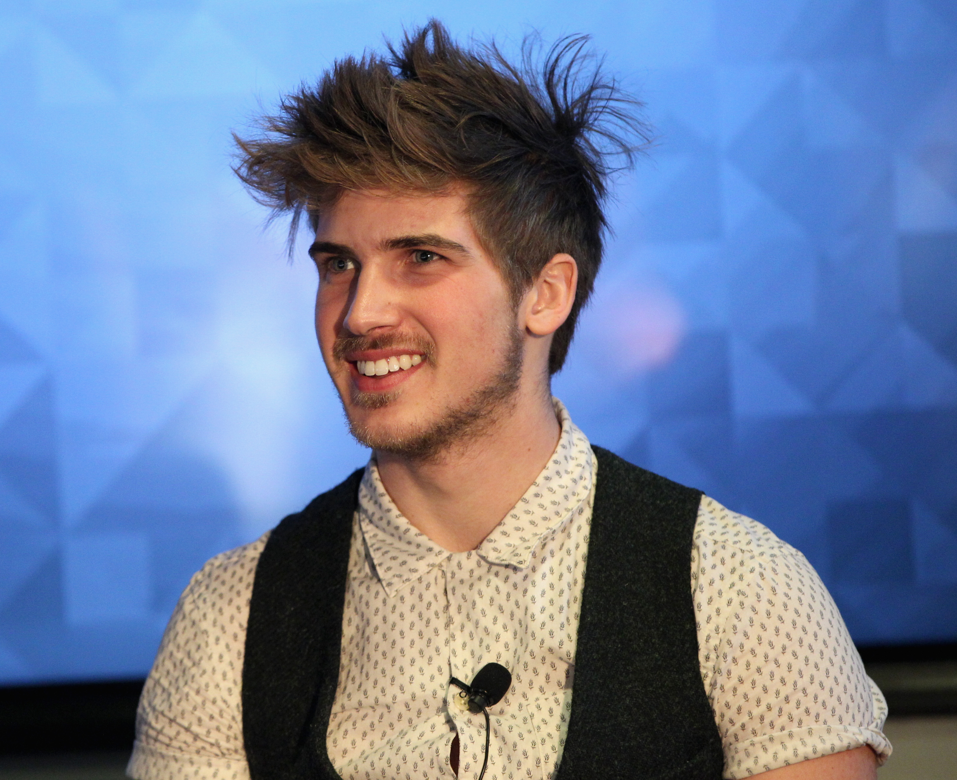 Who is joey graceffa the youtube star is destined for great things m4hsunfo