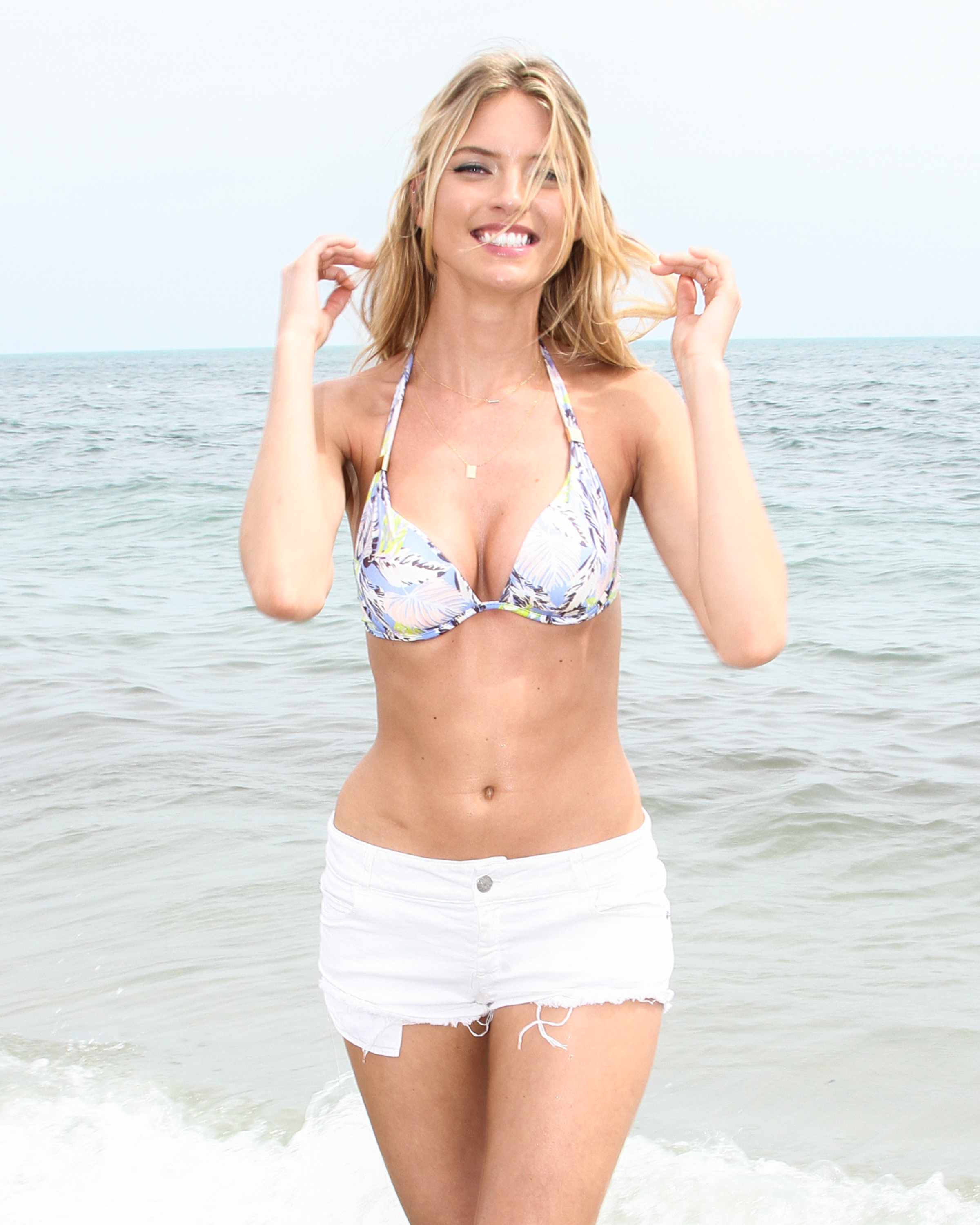 Can You Put Your Bathing Suit In The Dryer? These Tips ...