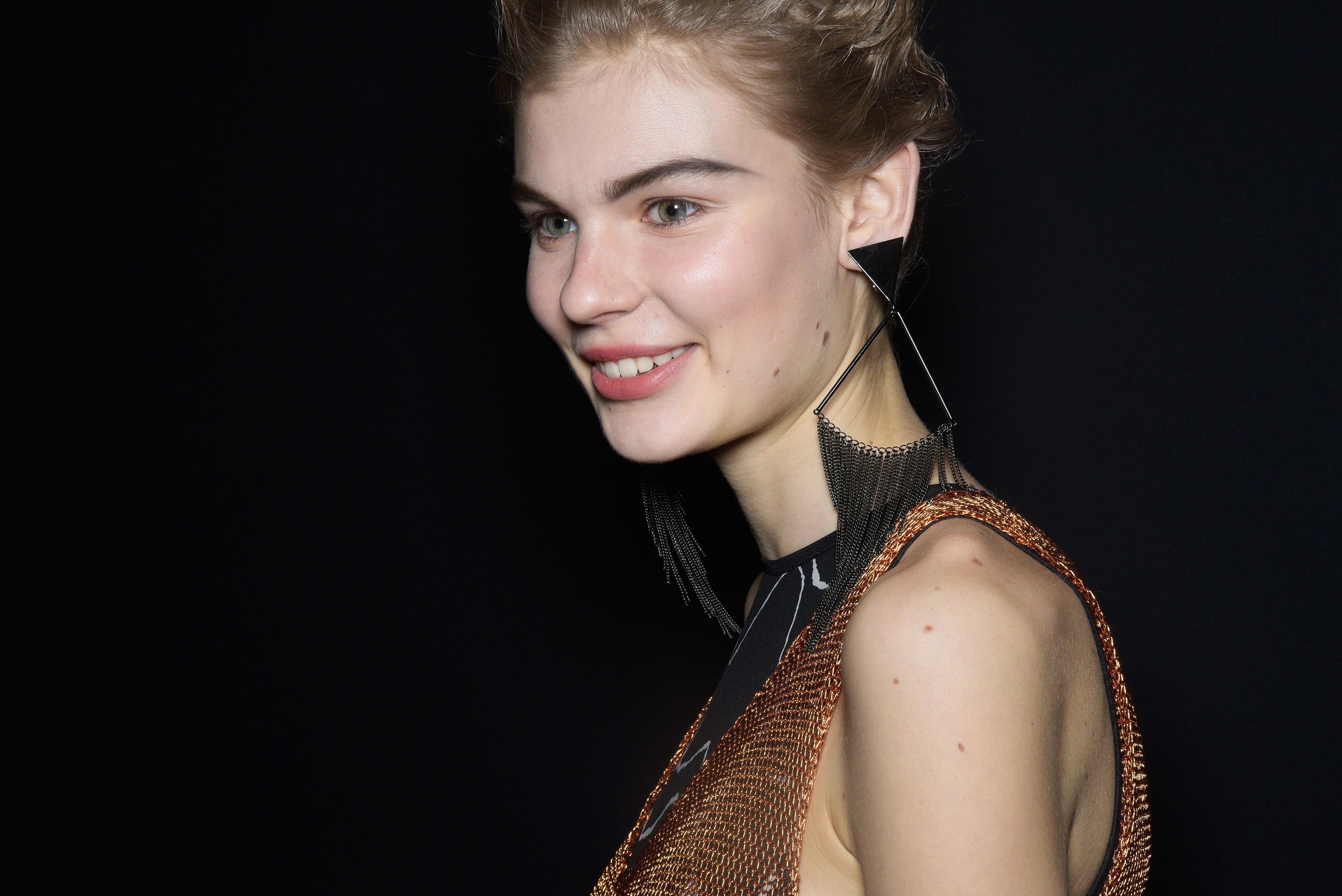 Missoni Debuts Crescent Moon Eyebrows During Milan Fashion Week