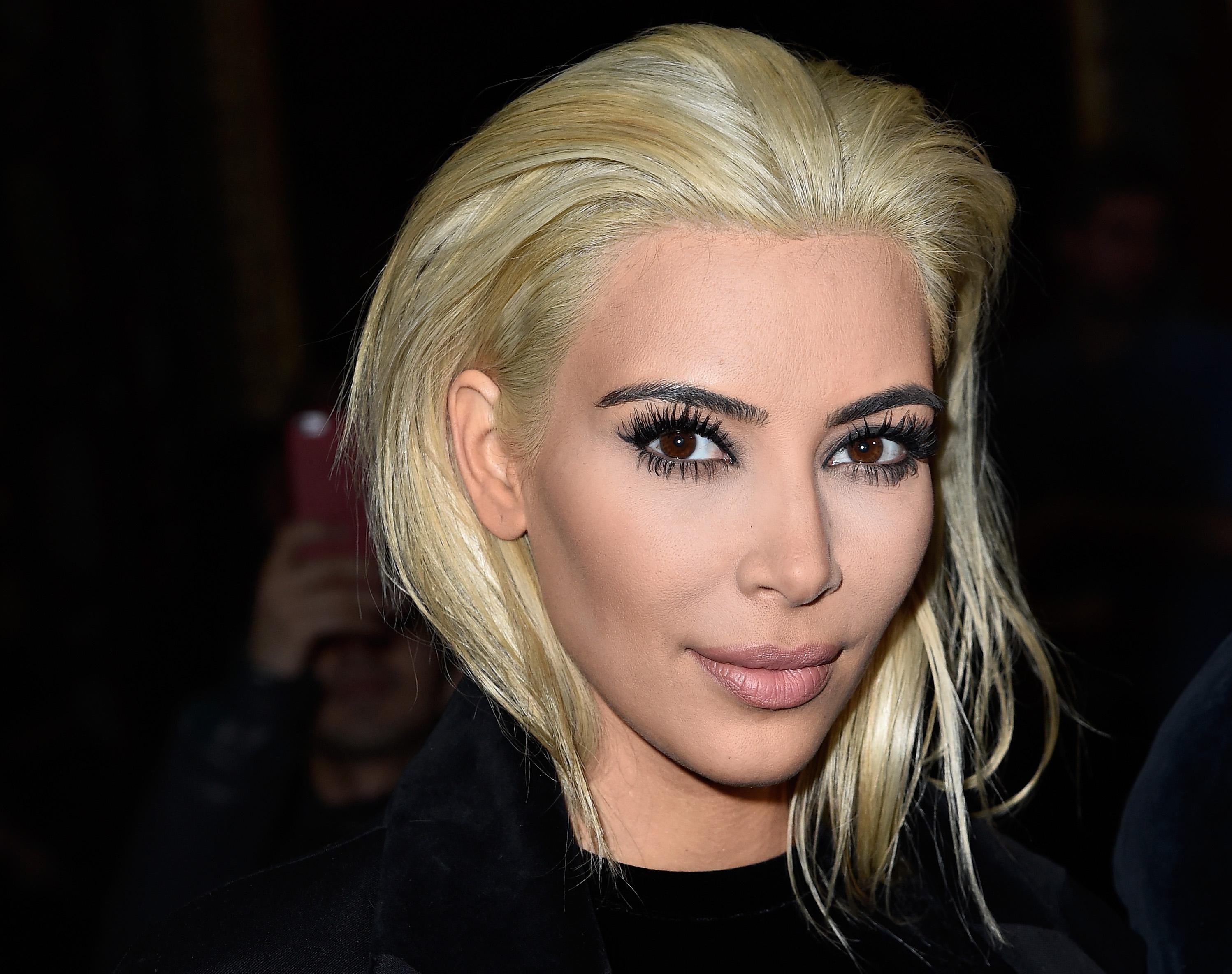 Kim Kardashians Platinum Hair Reminds Us Of These 9 Ultra Blonde