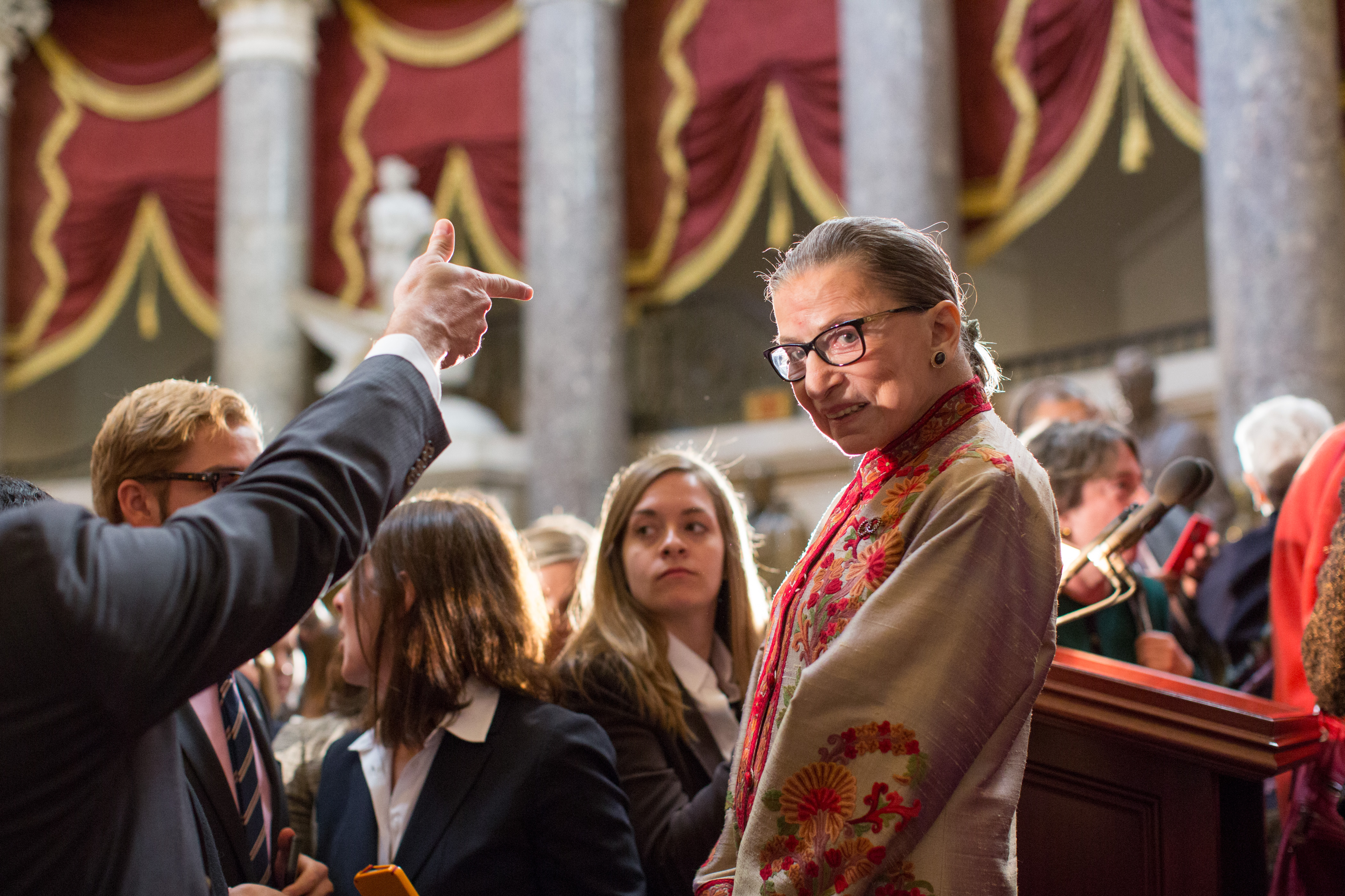 these ruth bader ginsburg halloween costume ideas pay tribute to one