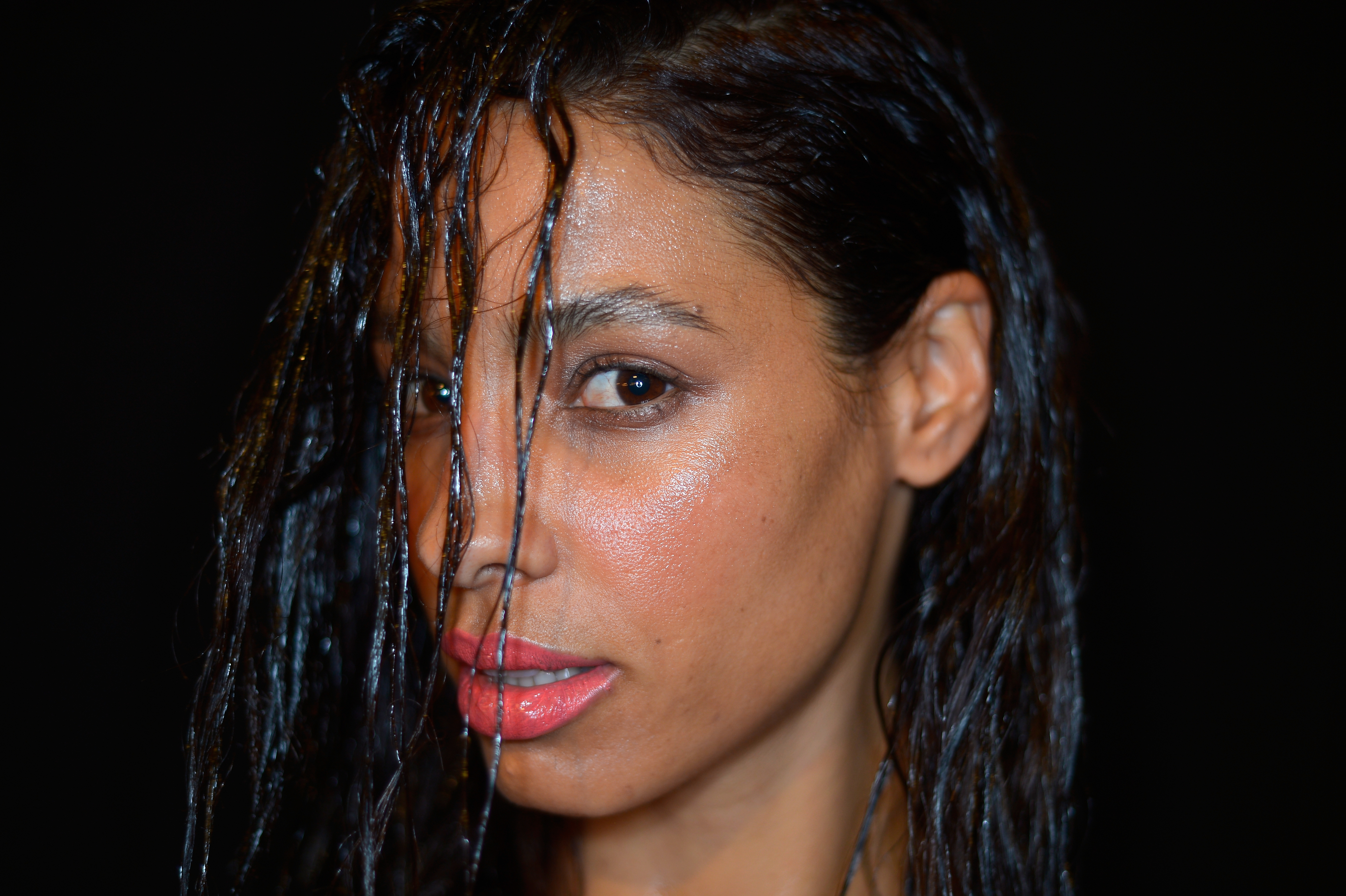 7 Wet Hairstyles To Sleep In That Will Make Mornings A Breeze Videos