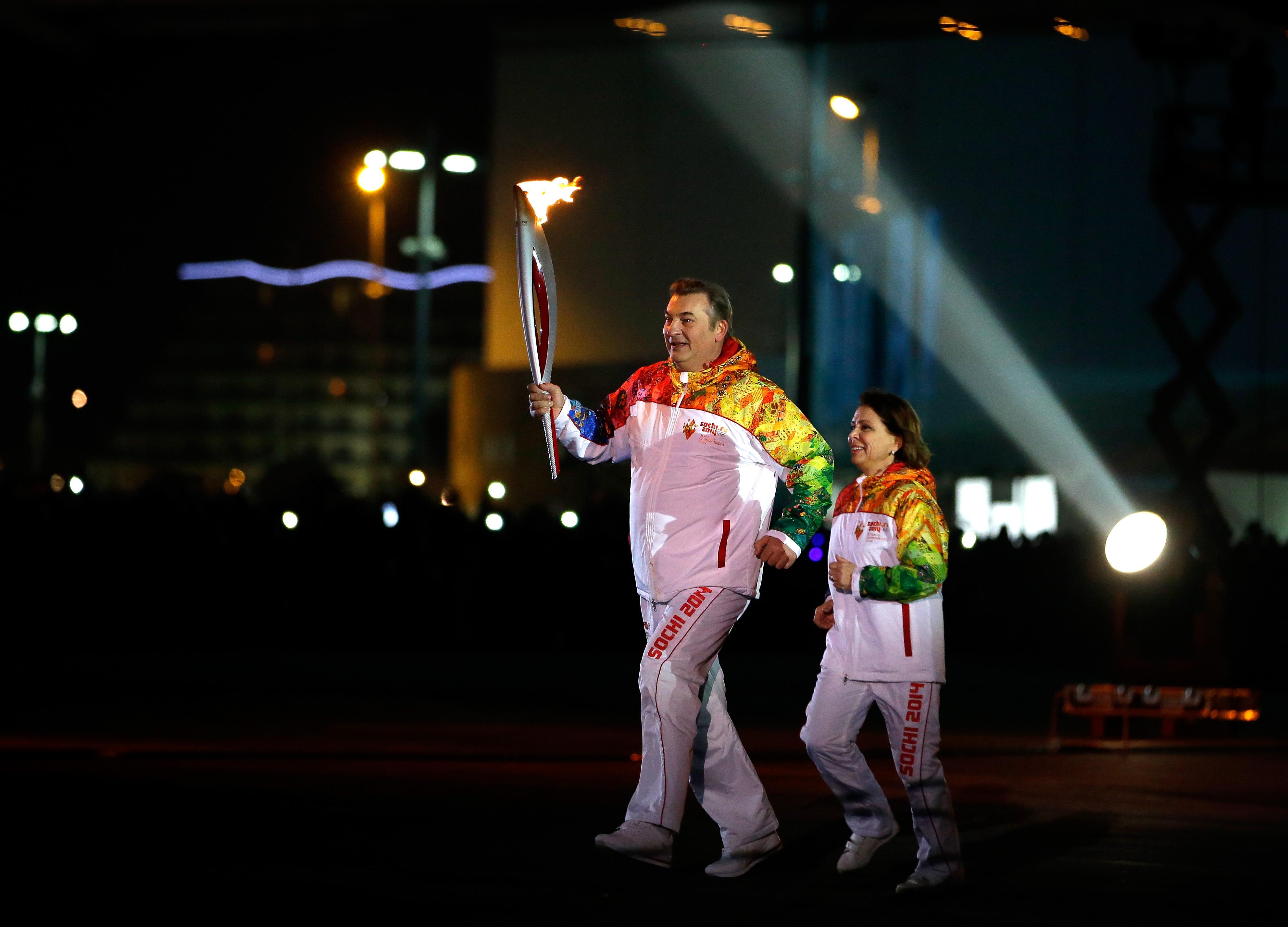 Irina Rodnina and Vladislav Tretyak lit the Olympic flame in Sochi 42