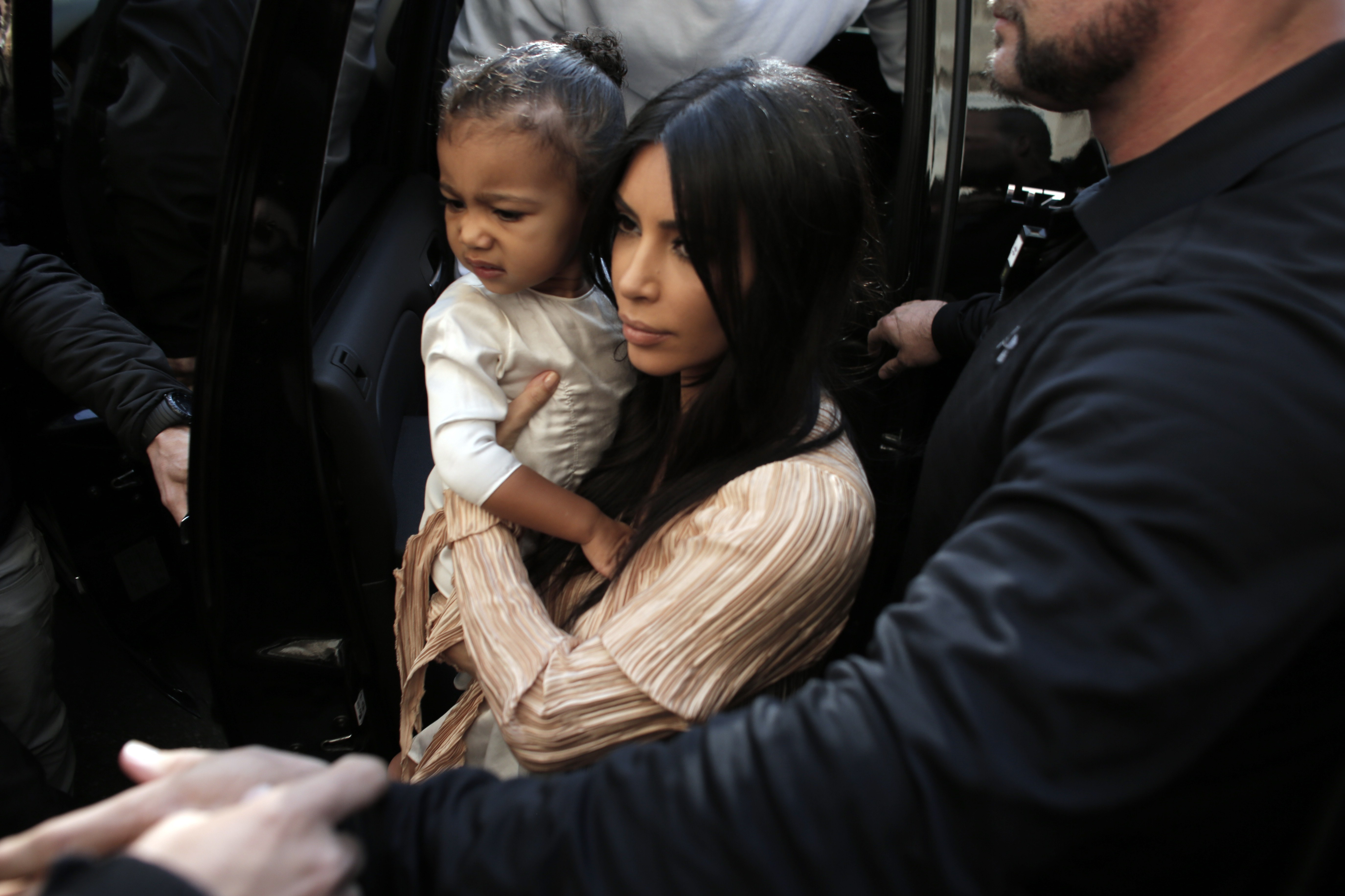 0e0fbe2f29819 Were Saint   North West With Kim Kardashian In Paris  The Robbery Didn t  Involve The Children