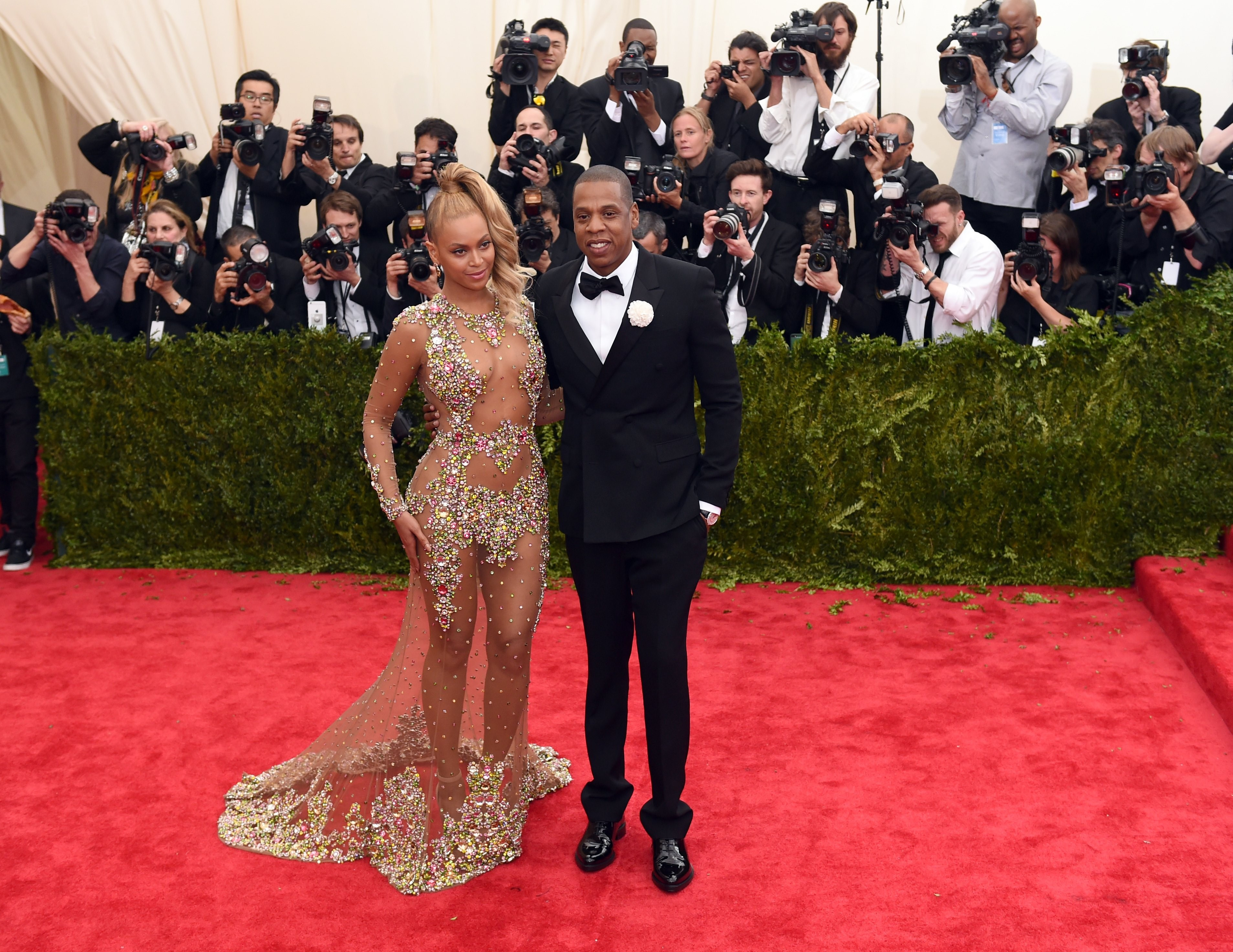 Jay Z S Stylist Gets That Beyonce Needn T Follow The Met Gala Dress Code Because She