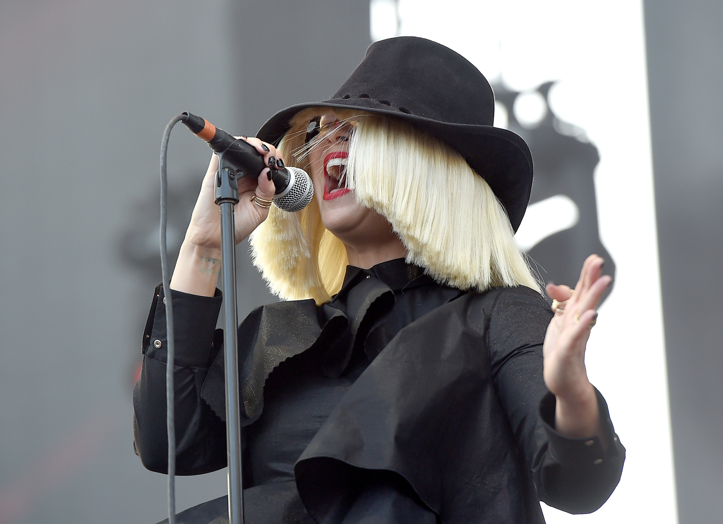Sia S Alive Lyrics Tell An Inspiring Story About Overcoming Life S Obstacles Listen