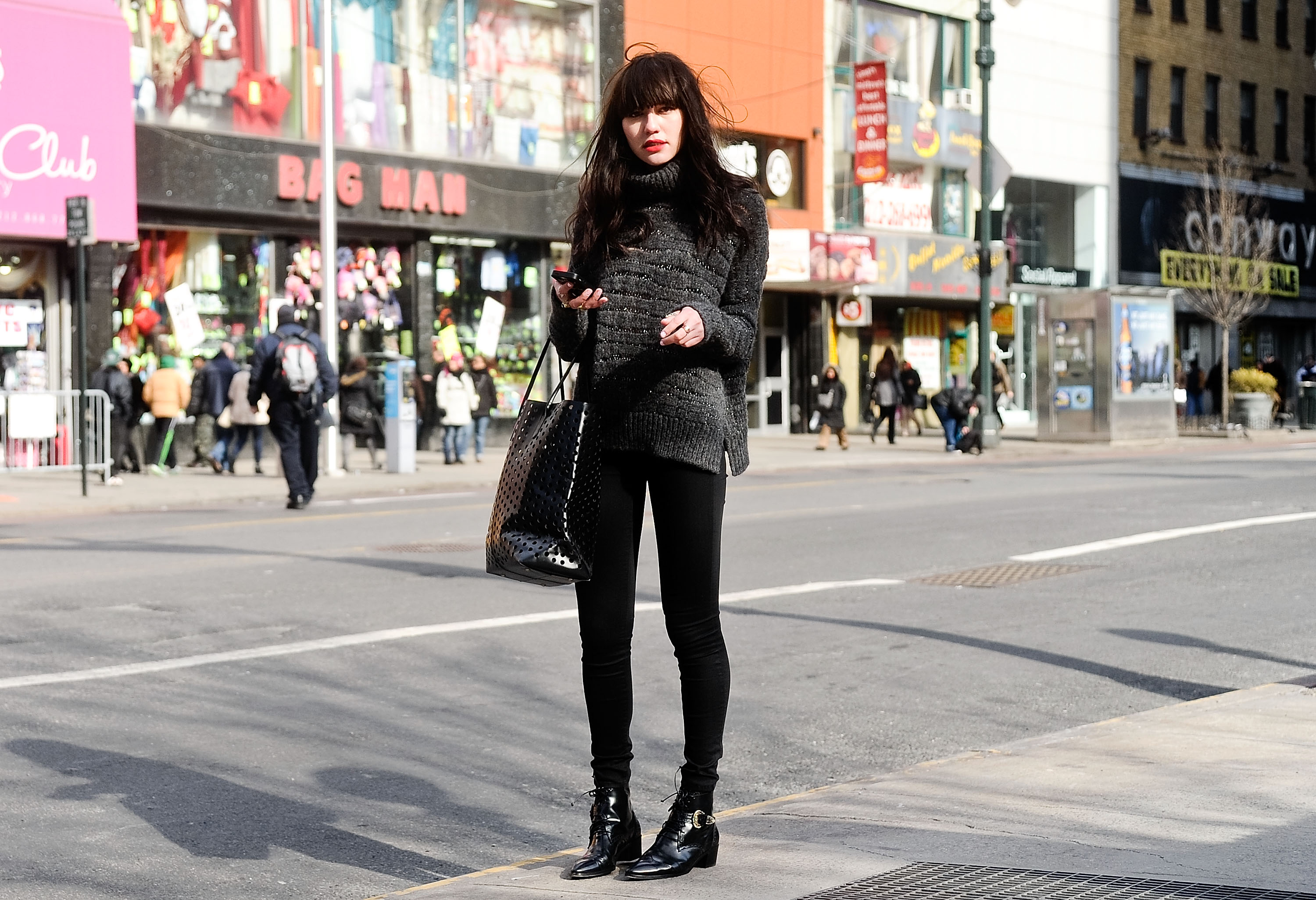 8 things women who wear head-to-toe black are tired of hearing, so