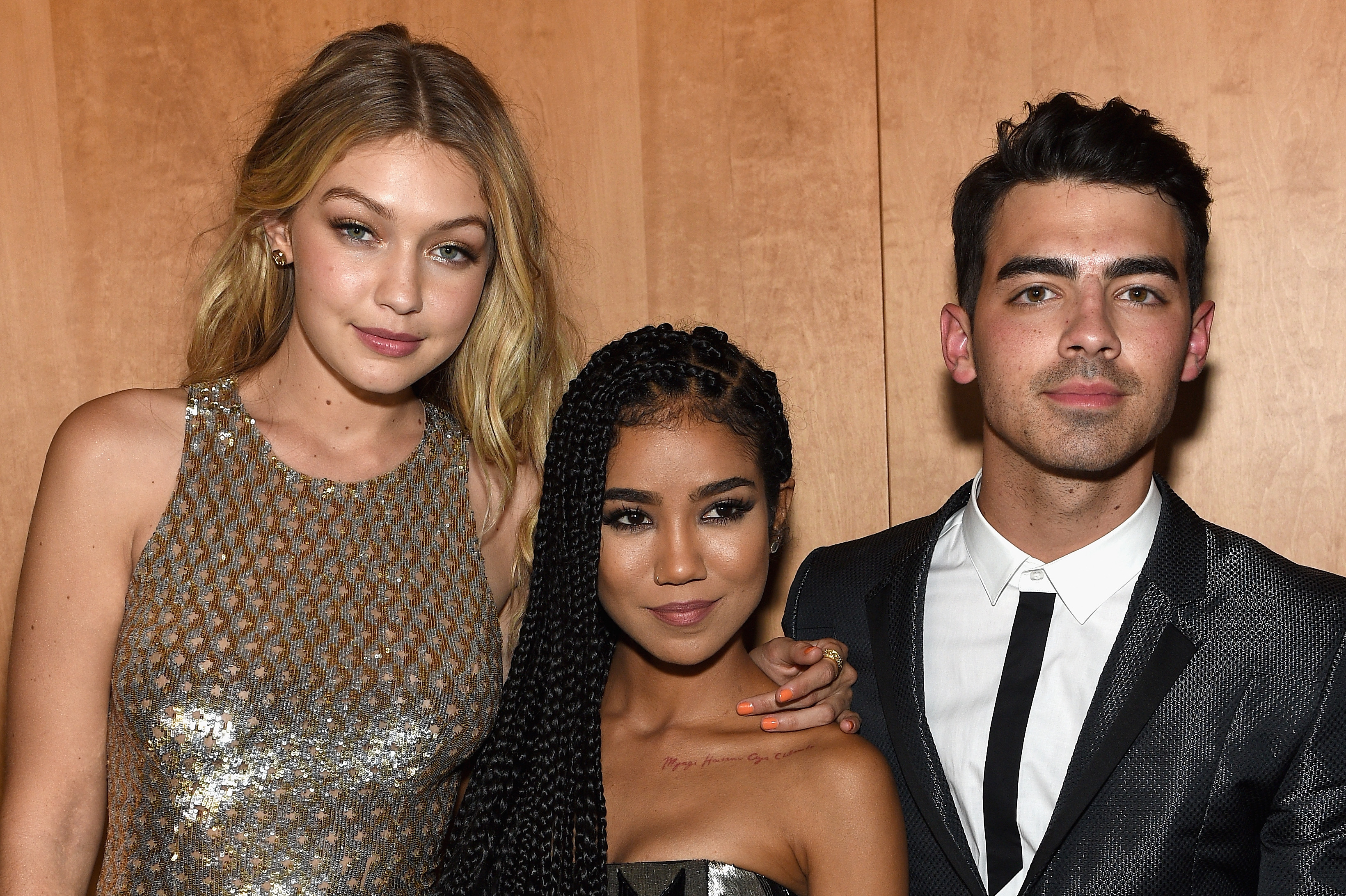 Gigi hadid dating joe jonas