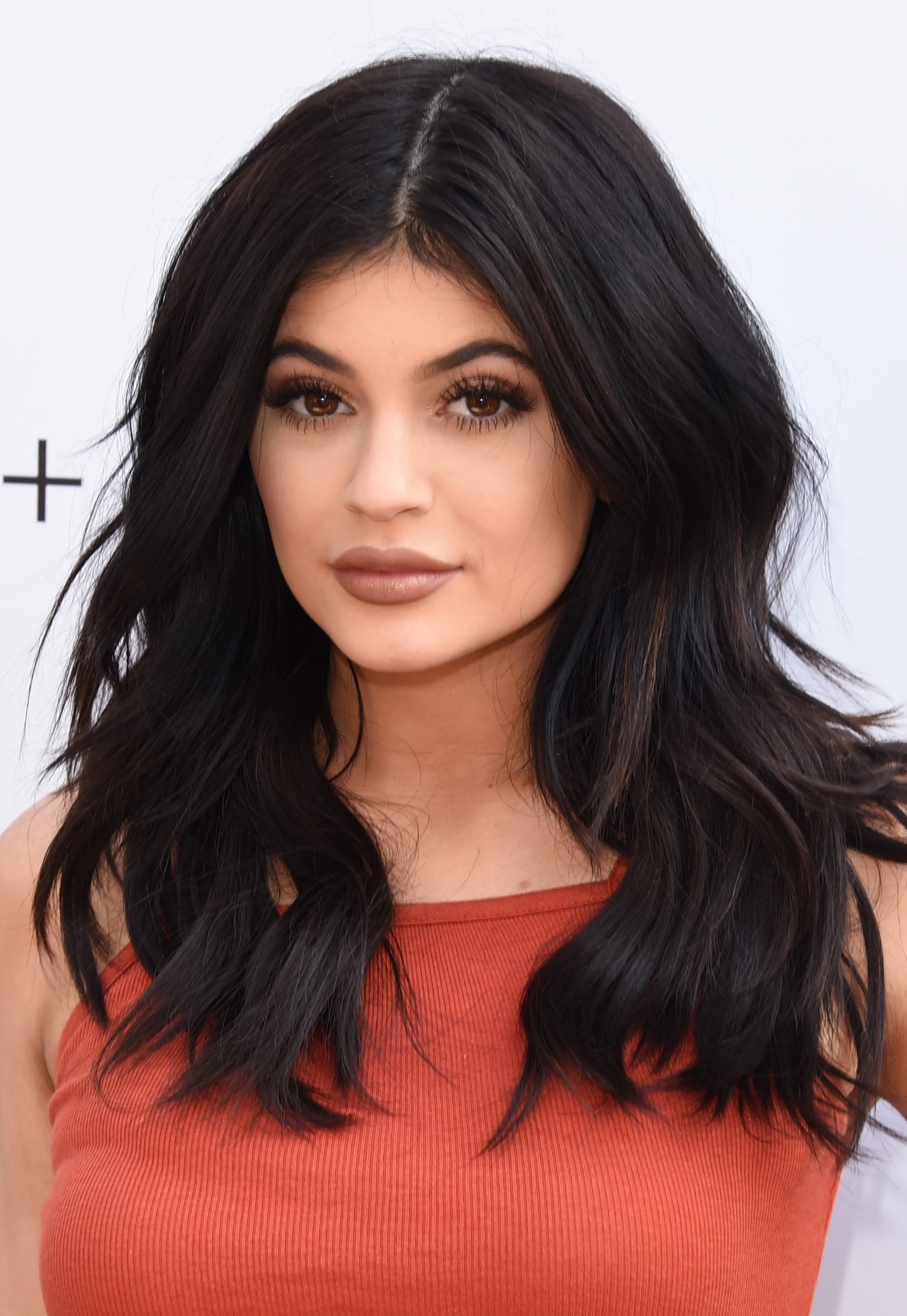 New Kylie Jenner Website Will Feature Tutorials So You Can Get Her Makeup Look (Hopefully Without A Shot Glass)