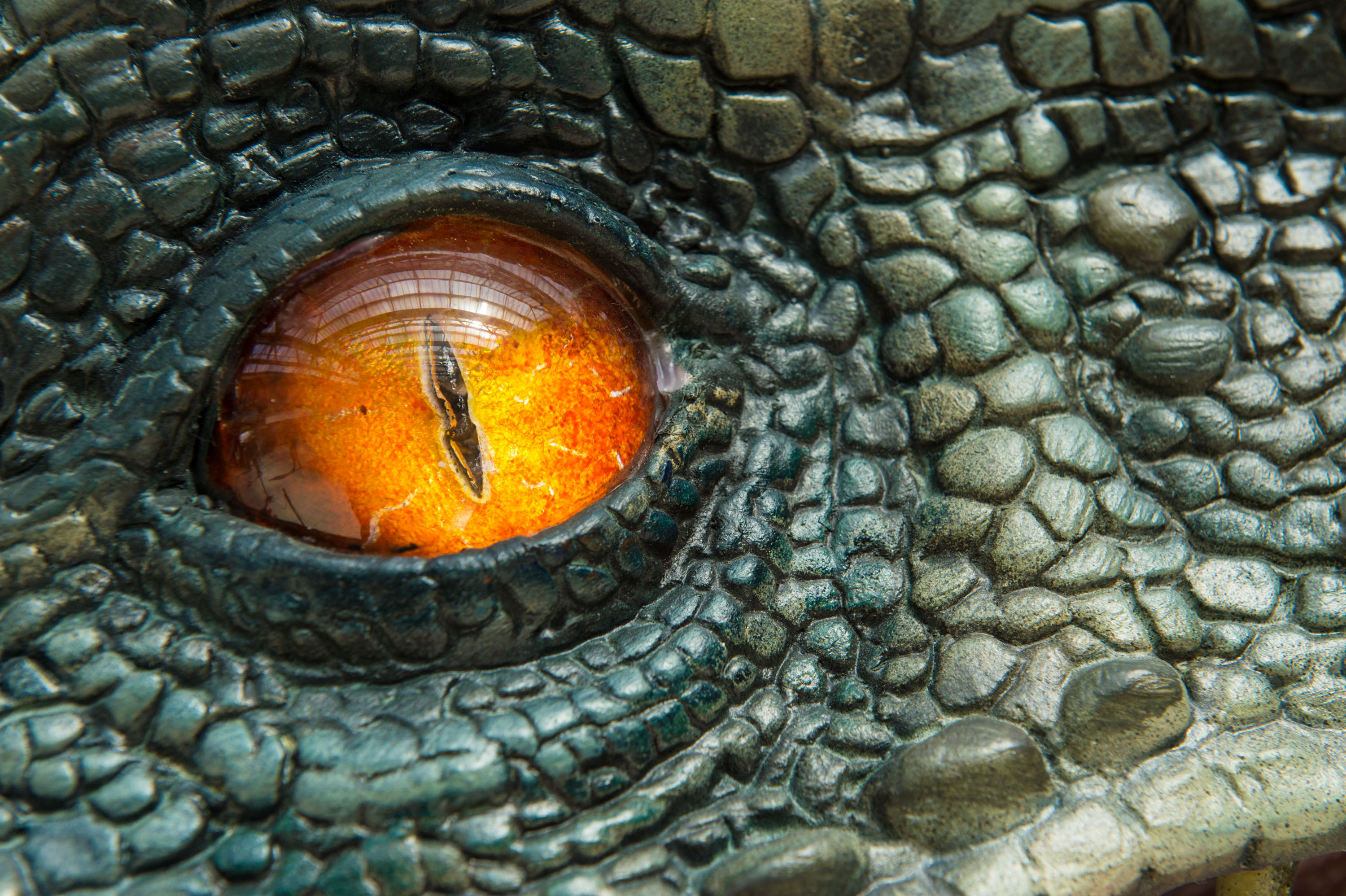 can scientists make real dinosaurs jurassic world is more than