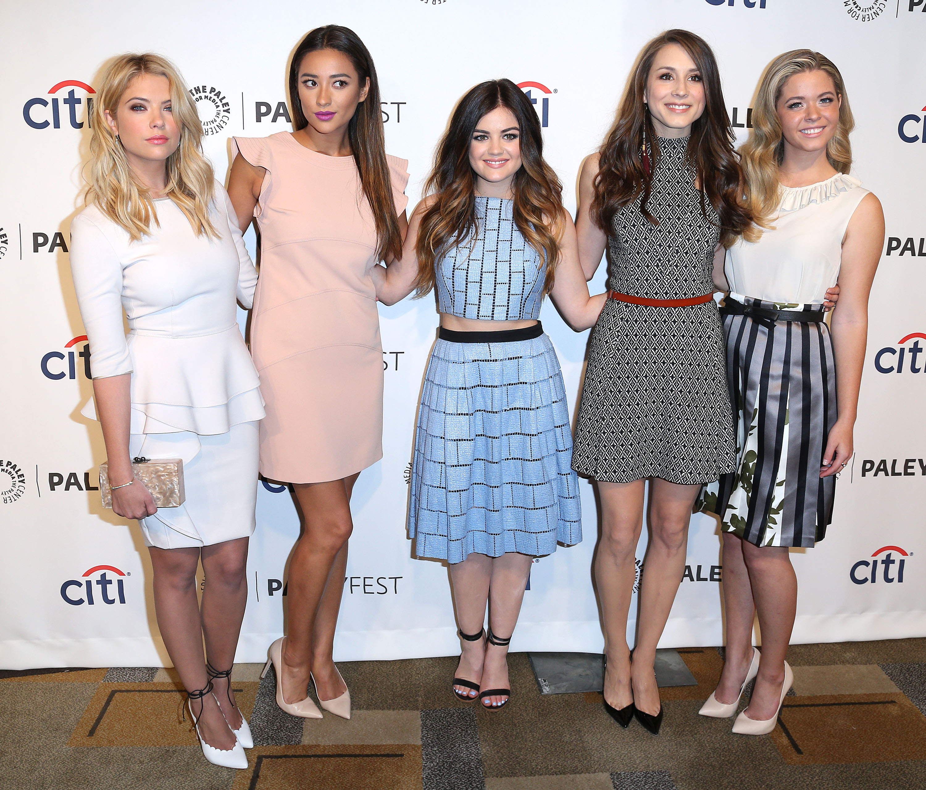 9 pretty little liars quotes about friendship that prove the liars