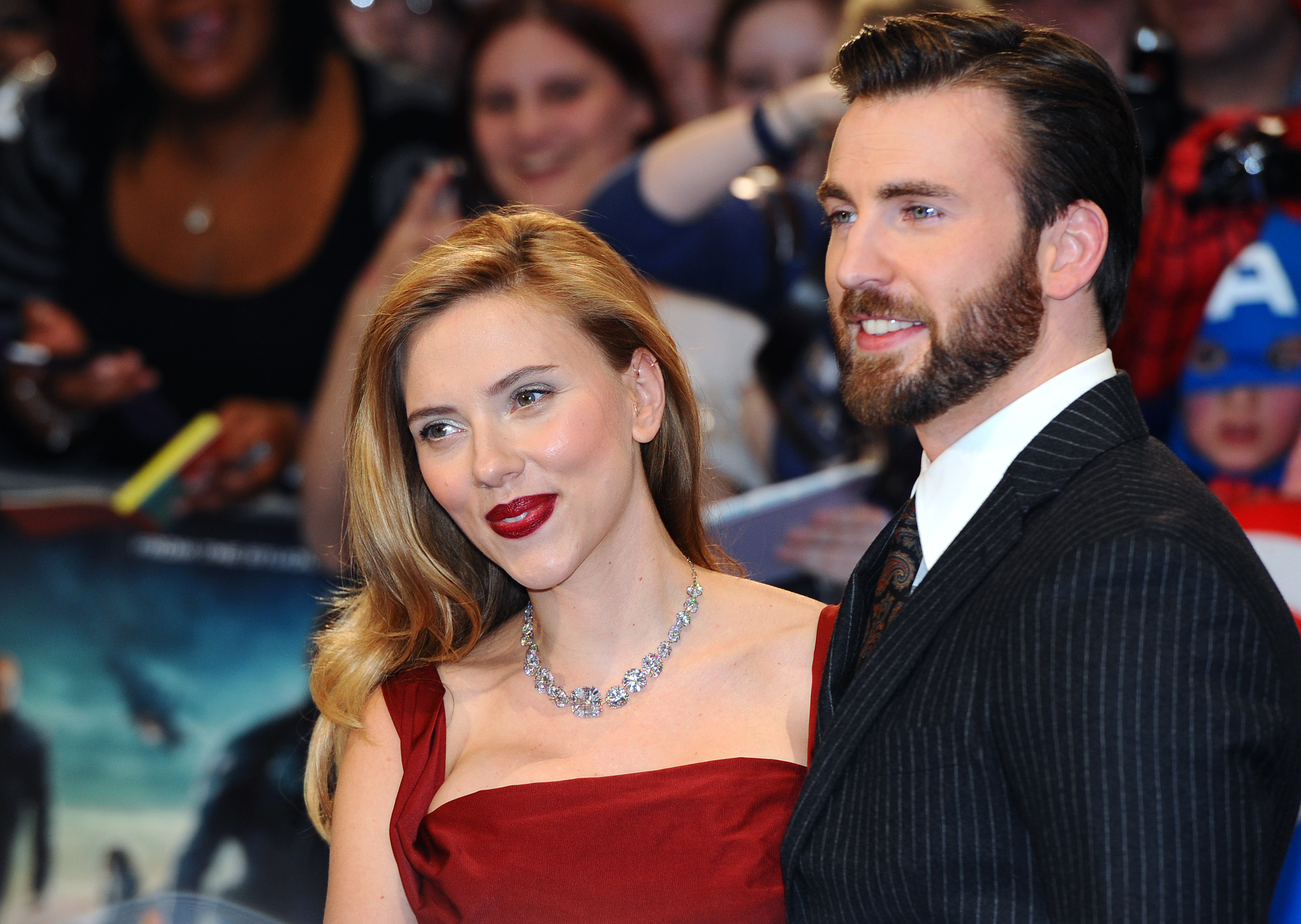 Is Scarlett Johansson Pregnant In Avengers Yes They Didn T Use Any Classic Tv Tricks To Hide It