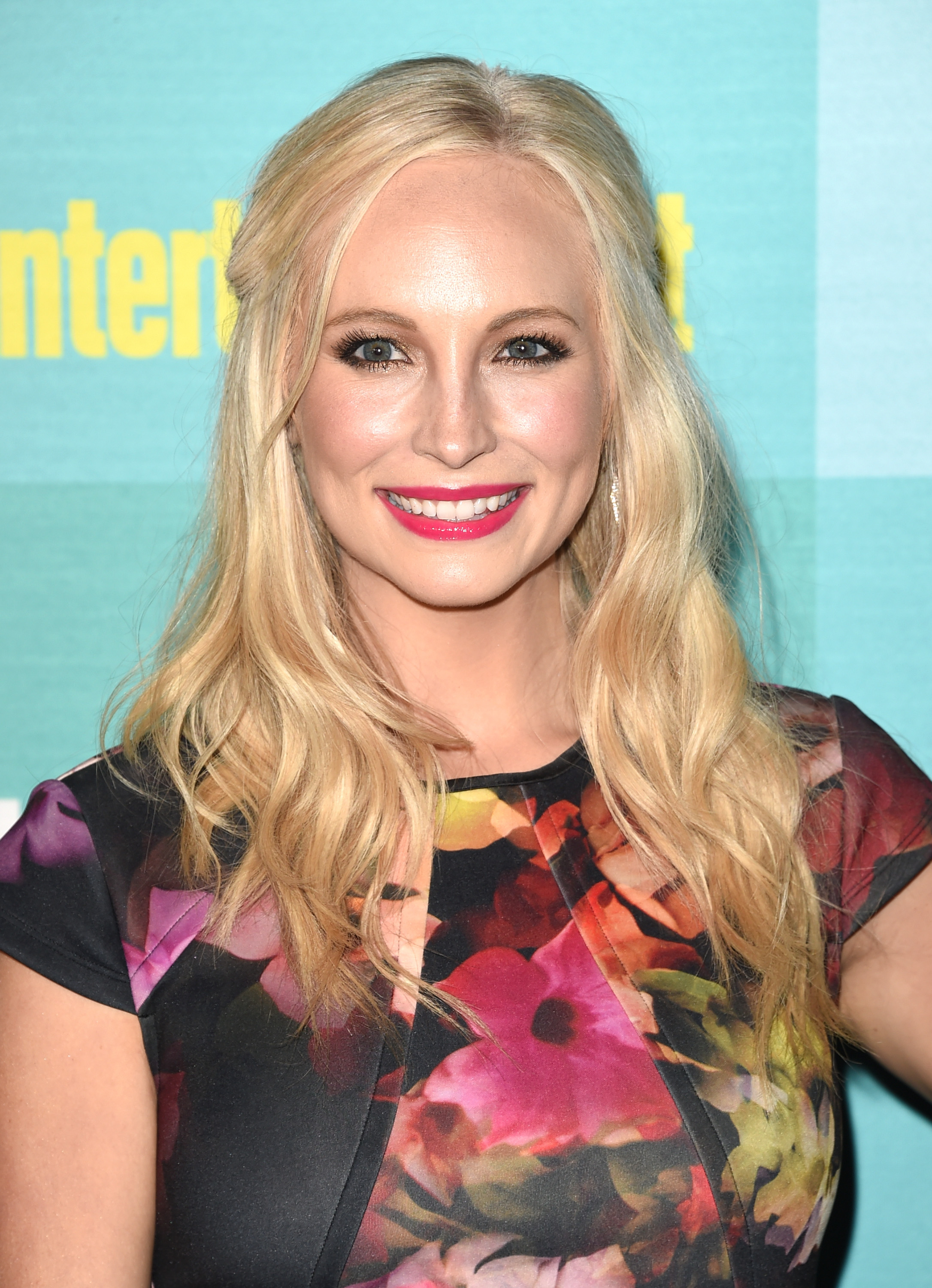The Vampire Diaries Star Candice Accola Is Pregnant Her Announcement Would Be Caroline Forbes Approved Photo