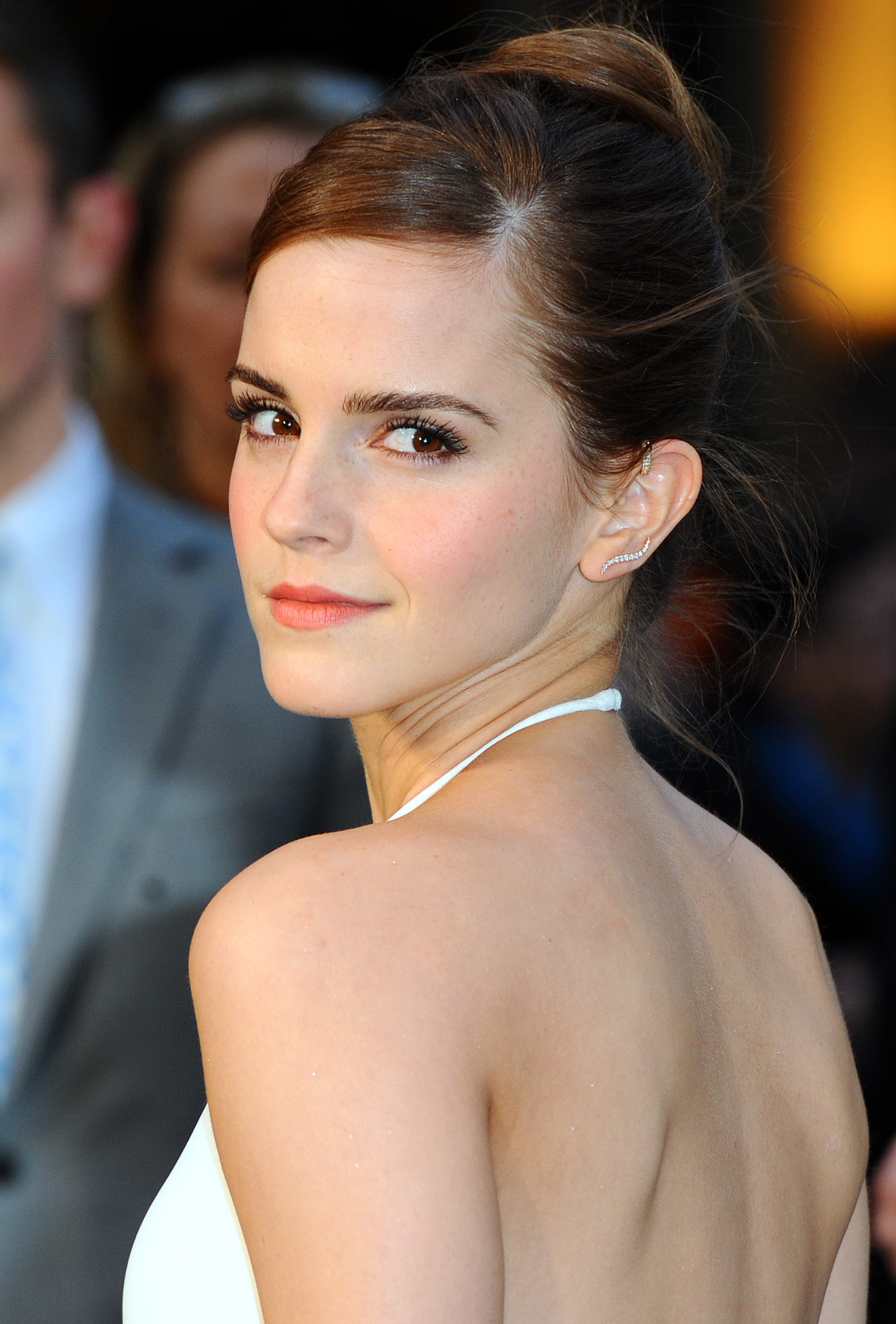 bd4d207a0e9 10 Tips For Dressing Like Emma Watson