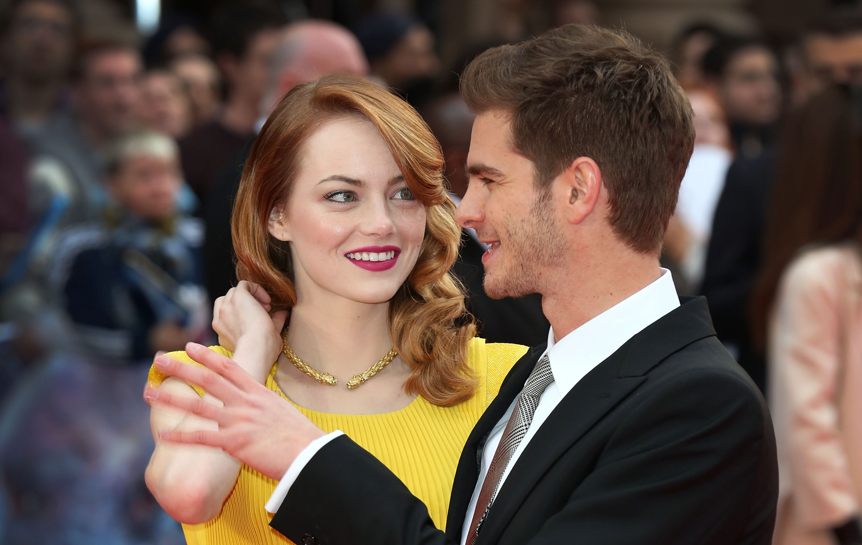 is andrew garfield and emma stone still dating 2014 Emma stone had been spotted in london at least once the world is still clinging to hope of an emma stone and andrew garfield reunion by kyle 2014 in london.