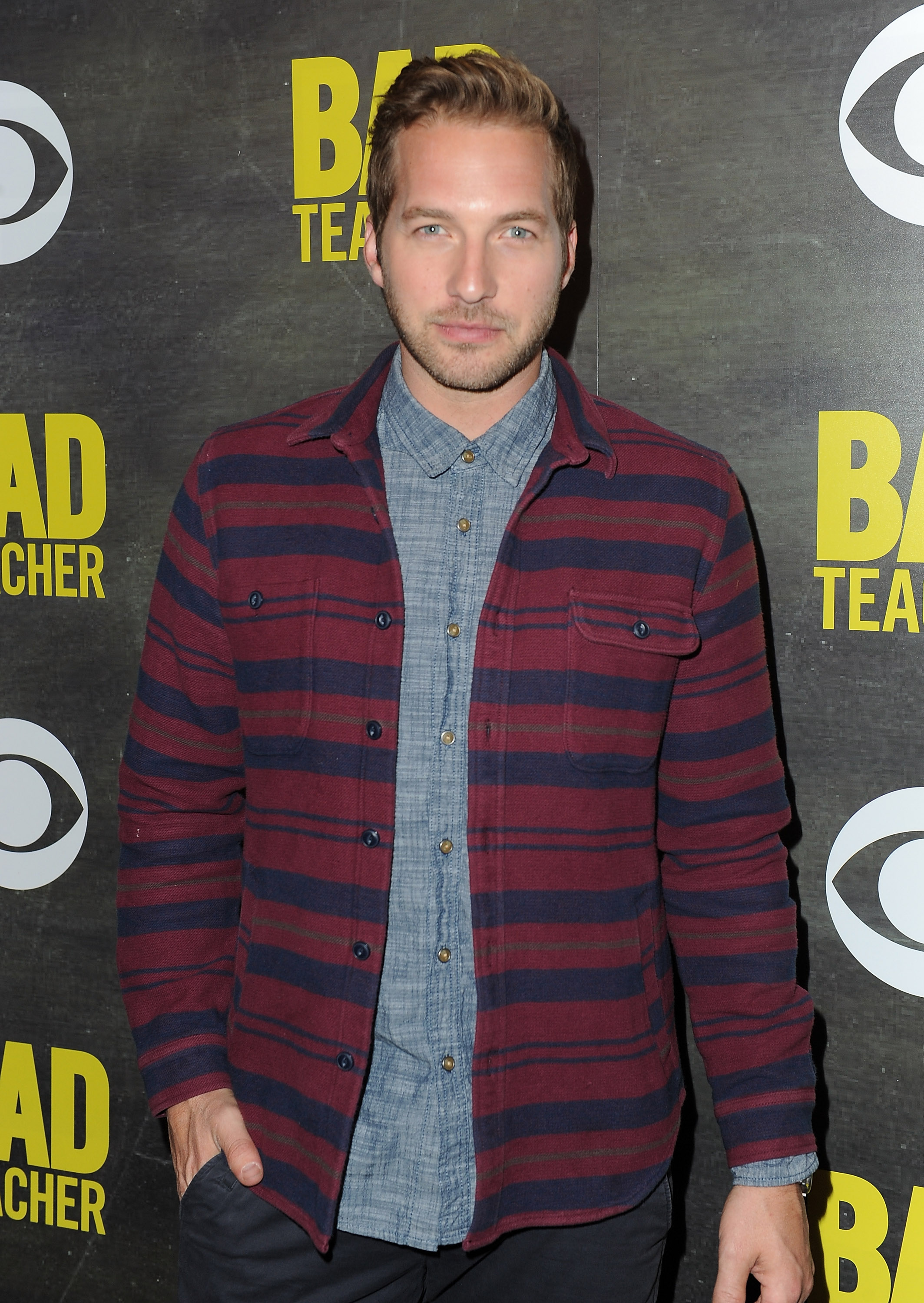 Who Is Ryan Hansen's Wife? The 'Bad Judge' & 'Veronica ...