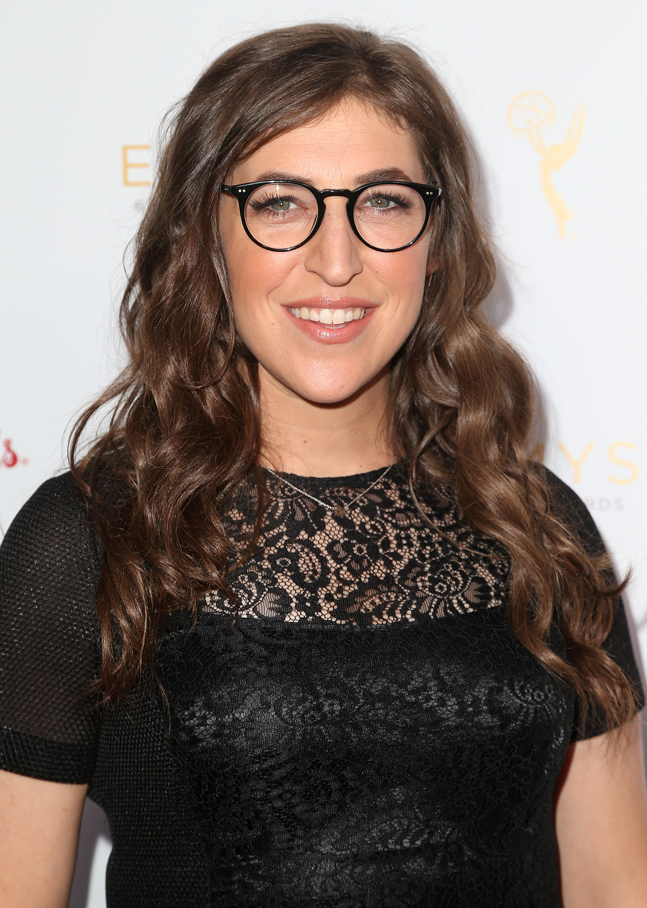 mayim bialik knows �blossom� was a big deal but fans