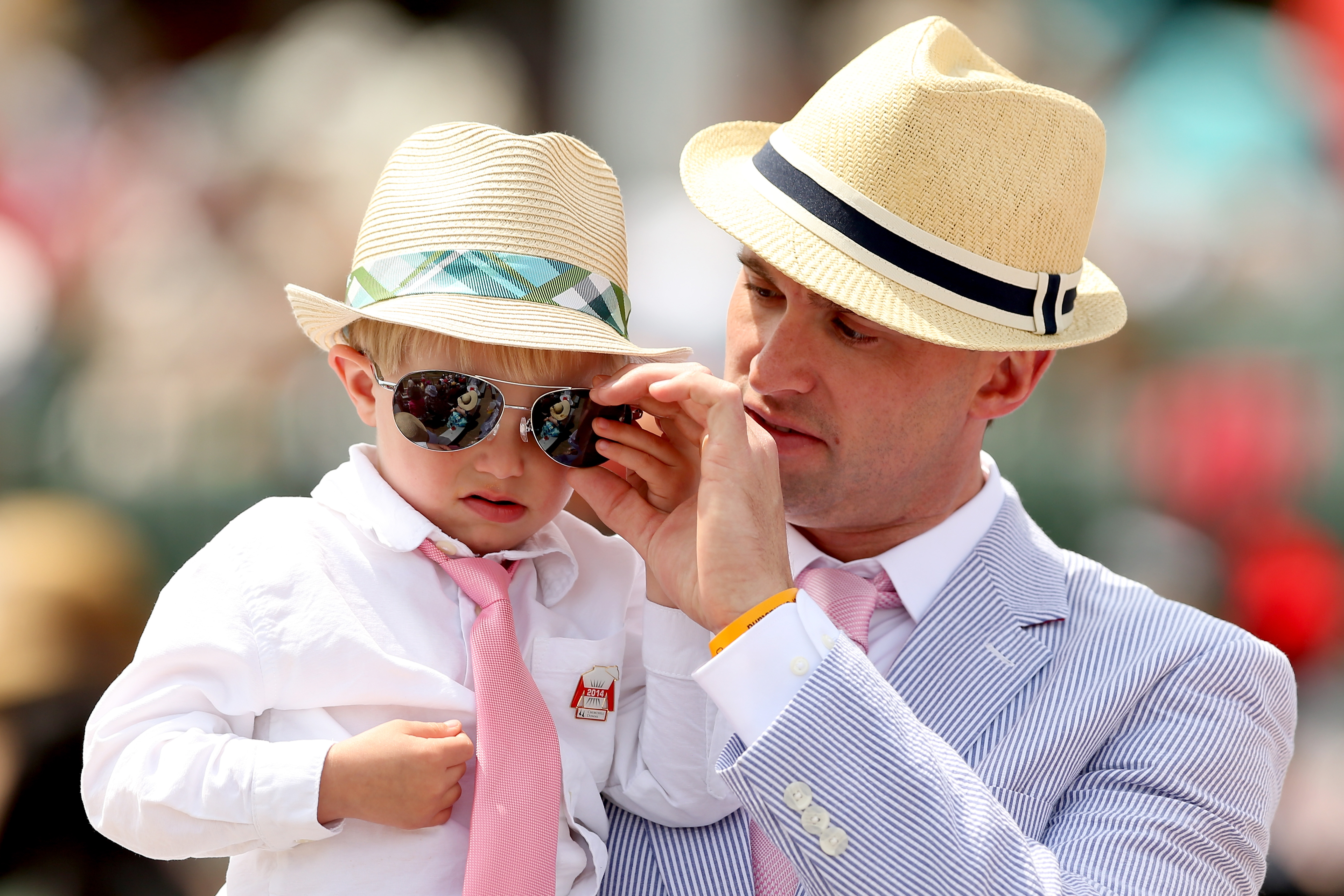 Do Guys Wear Hats To The Kentucky Derby Theyve Got A Dress Code Too Tendencies Caps Navy Pop