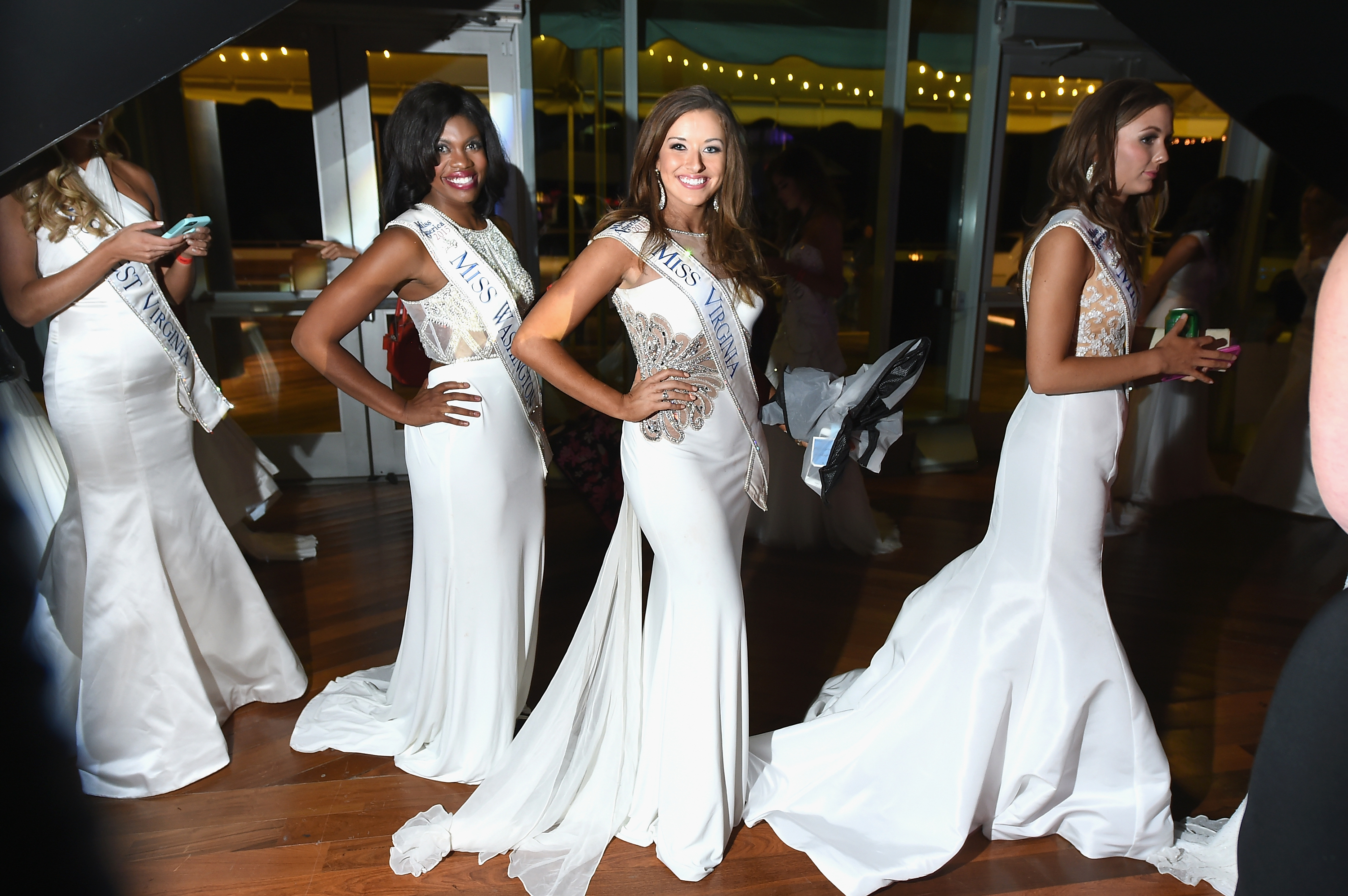 Why Are There 52 Miss America Contestants? The Pageant Includes More  States America on