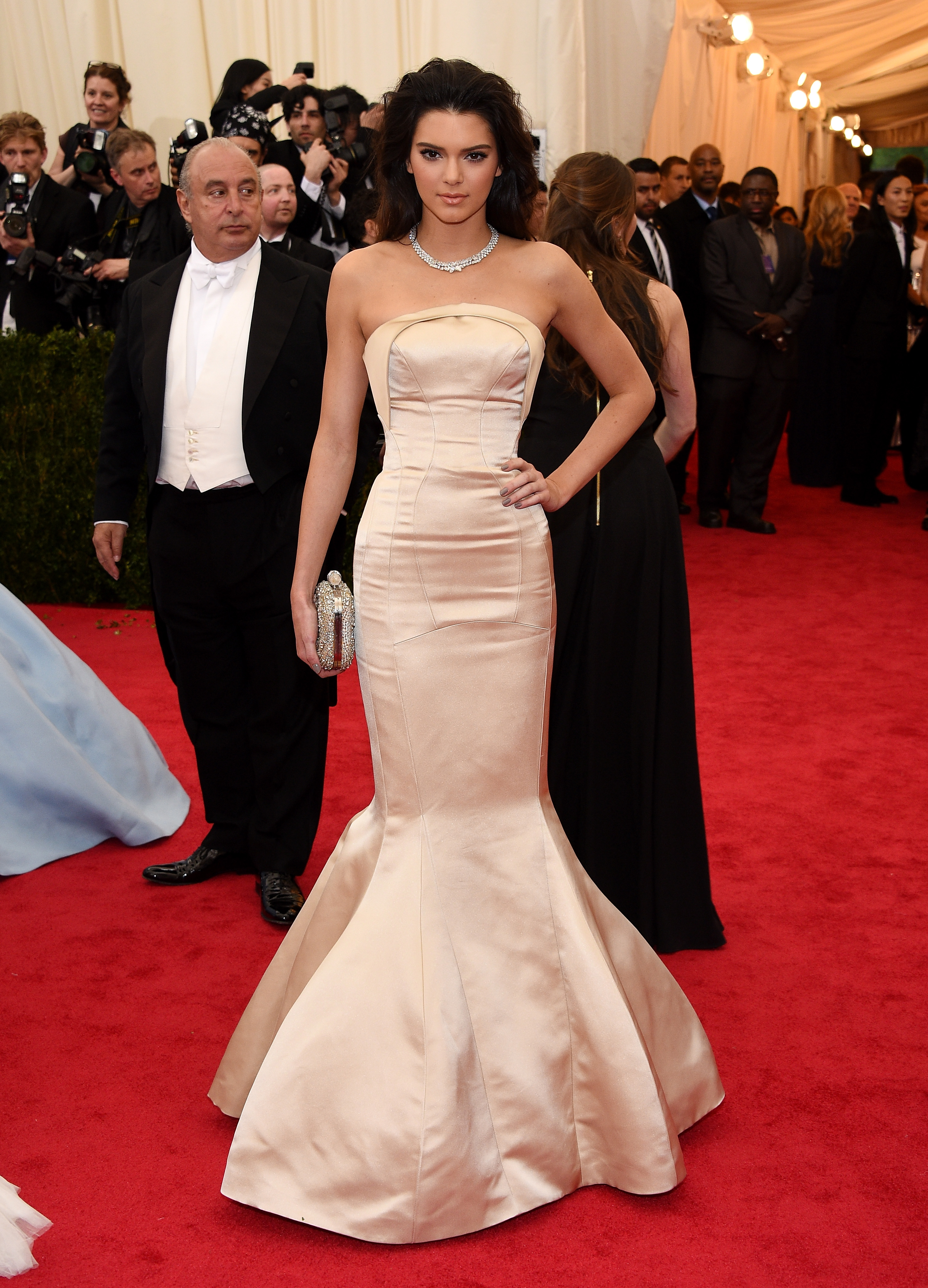 Kendall Jenner\'s Topshop Met Gala Gown Is Being Auctioned Off For ...