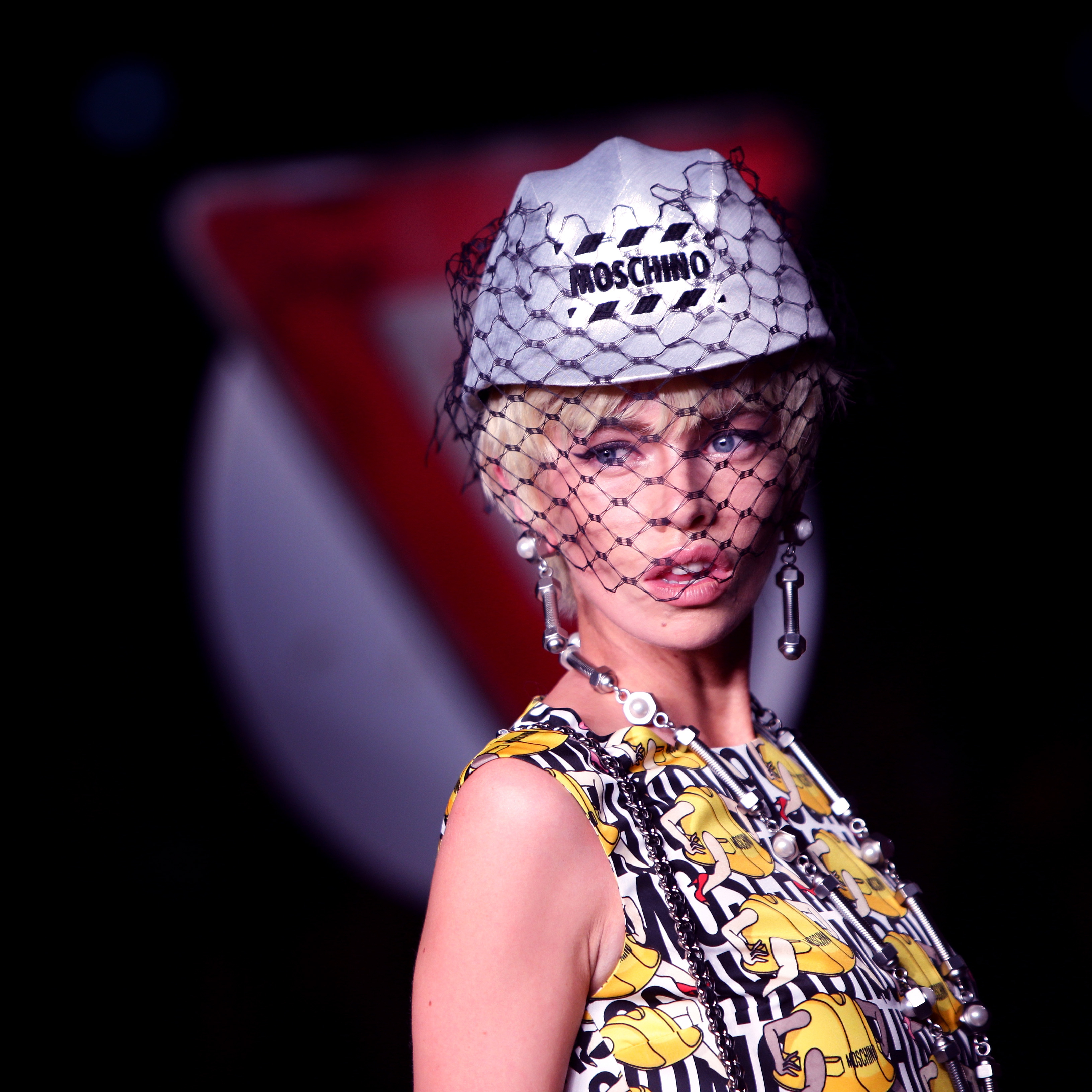 7 moschino halloween costume ideas to let you channel the traffic themed ss16 show