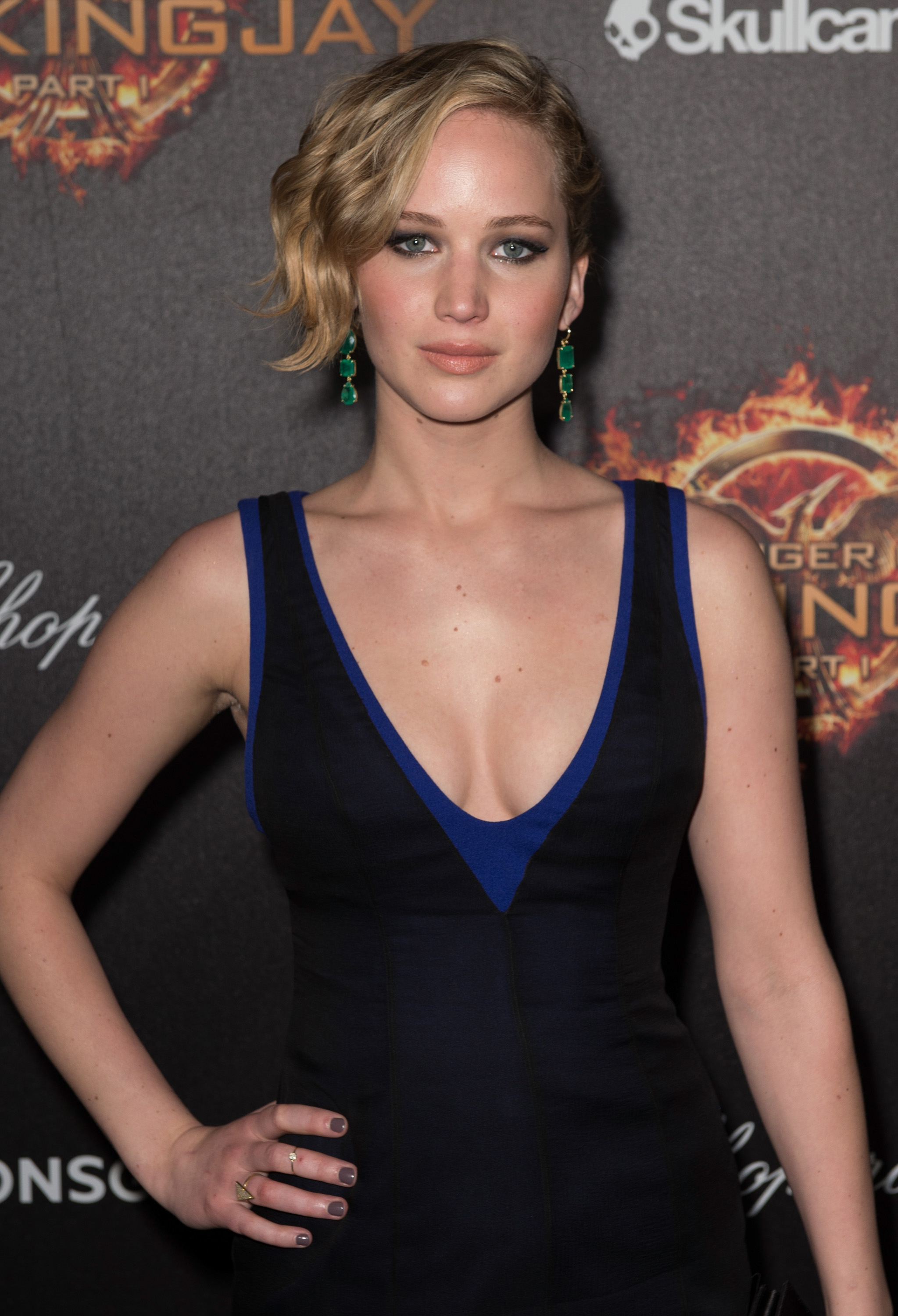 Jennifer Lawrence Nude Photo Links Removed By Google, But It's Only a Small  Victory