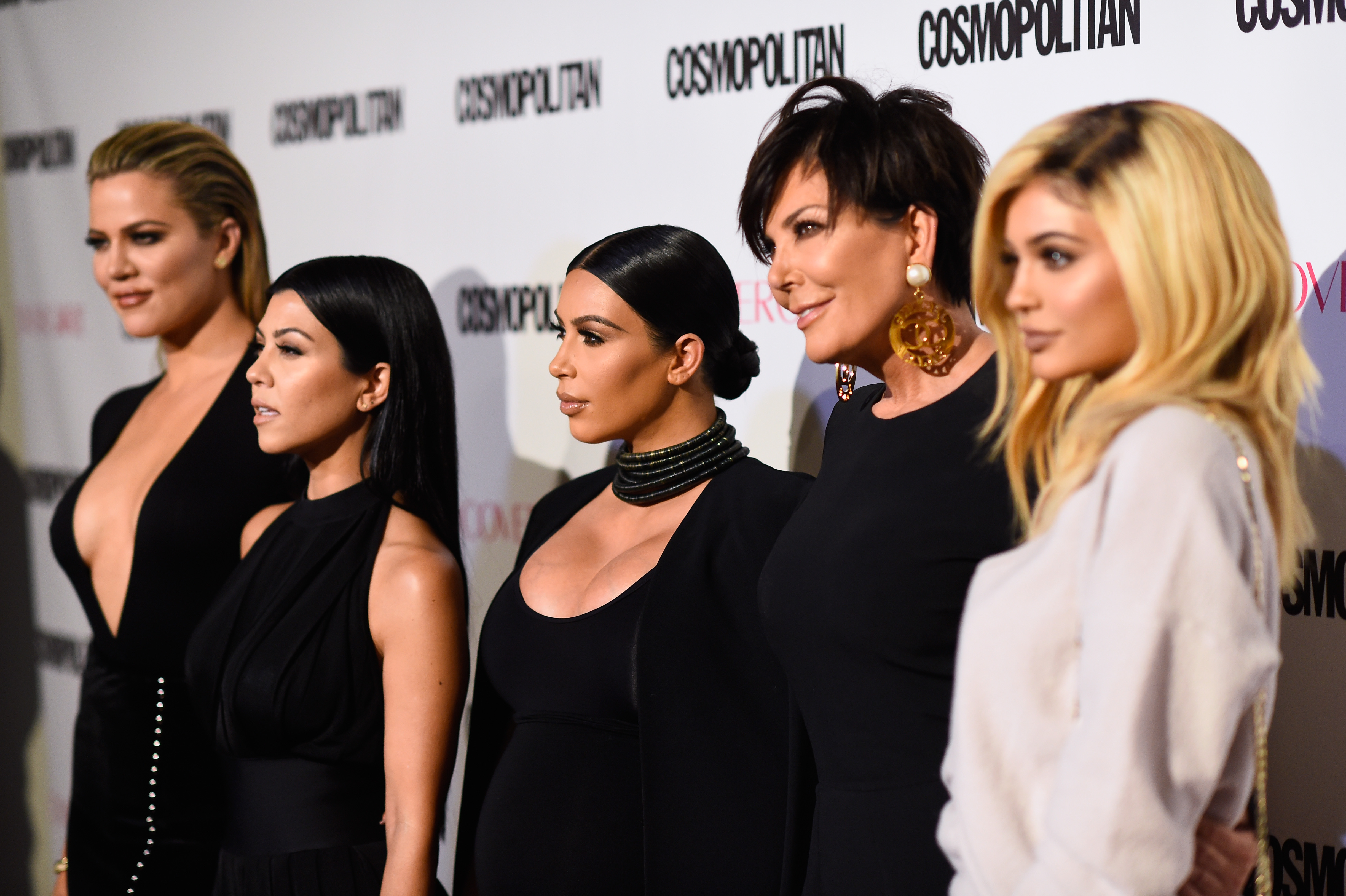 Where Is The Kardashian Family Christmas Card? It\'s Not Too Late To ...