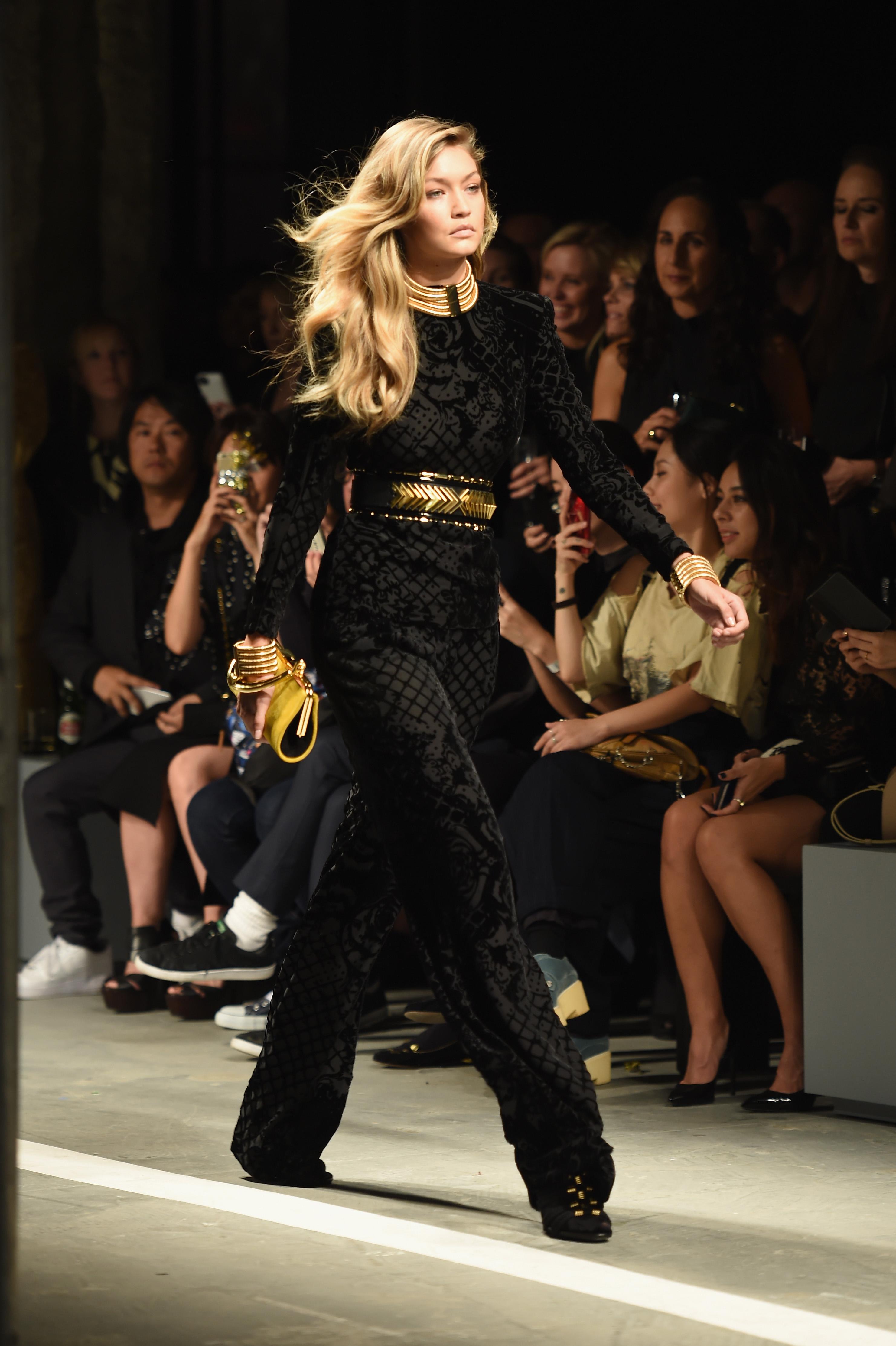 dbe2648fa3032 Gigi Hadid To Walk Victoria s Secret Fashion Show