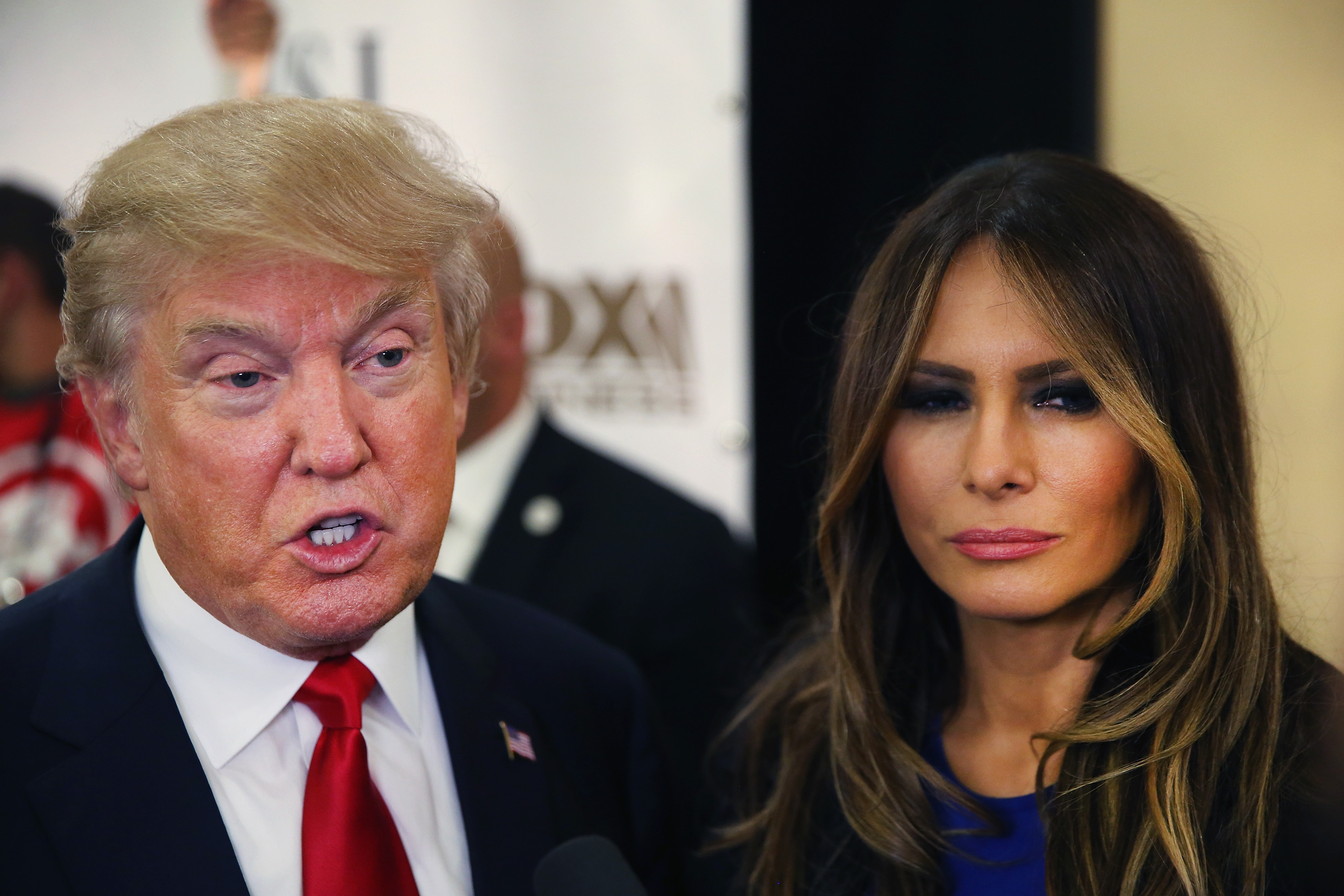 witnessing trumps wife - HD3000×2000