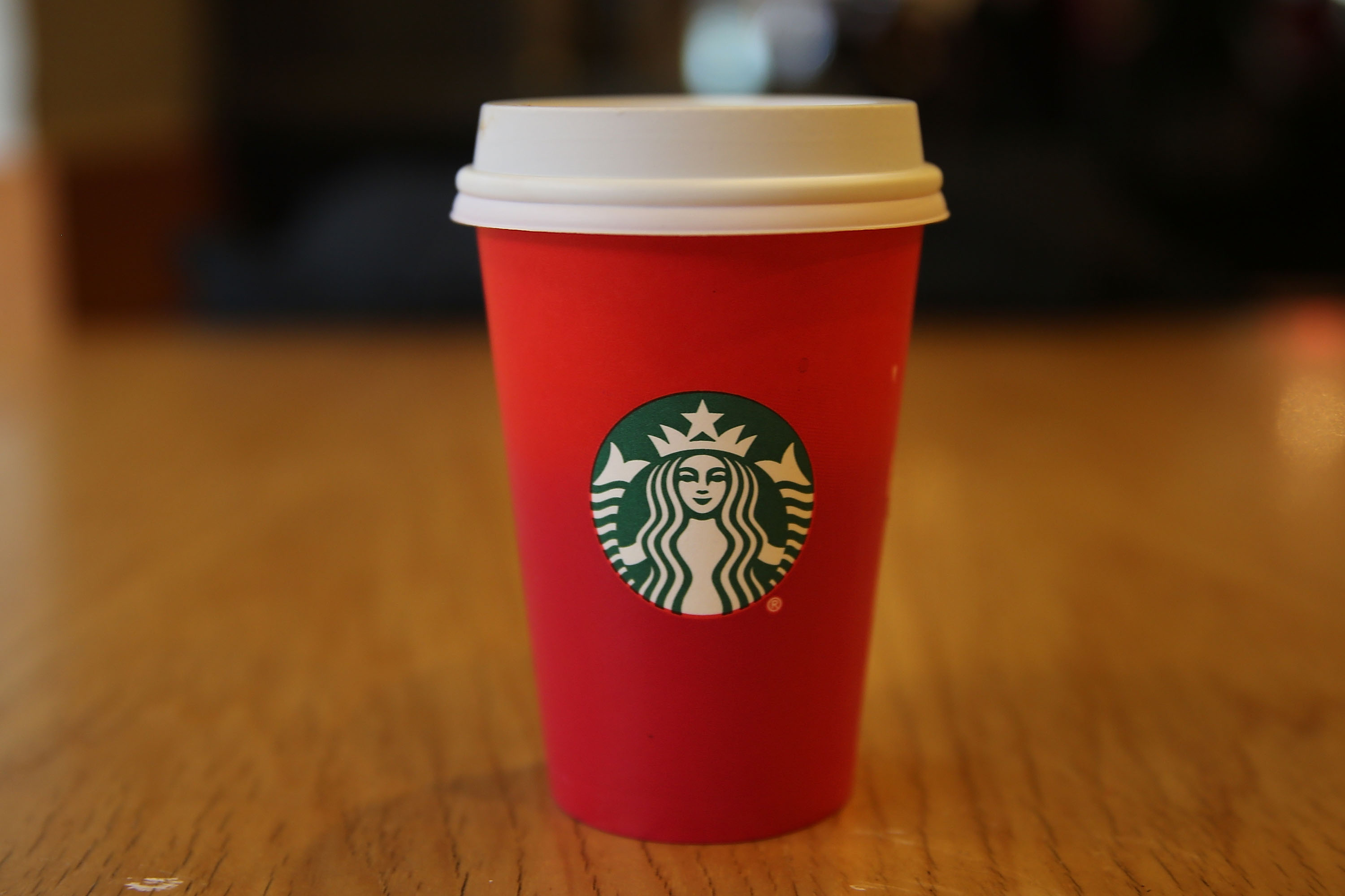 whats in the starbucks holiday spice flat white coffee lovers are in for a treat