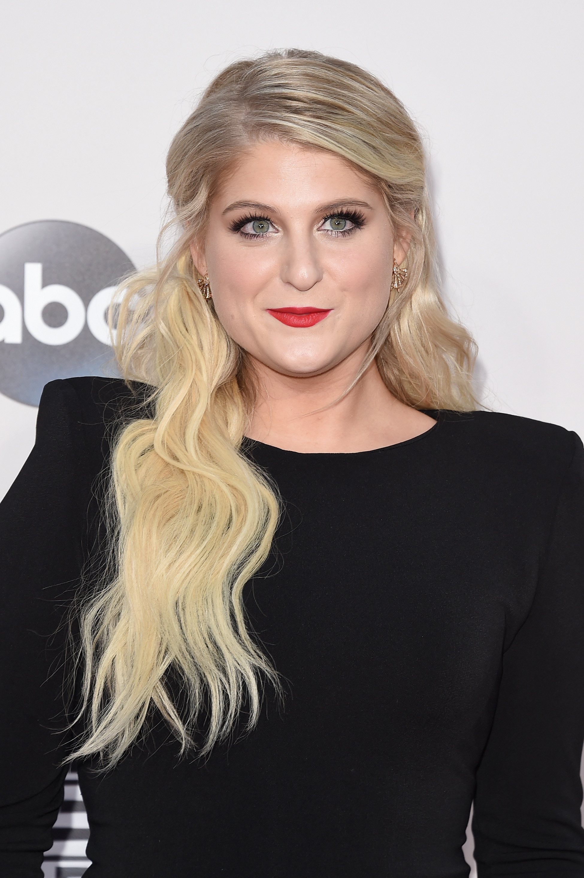 A meghan trainor eye makeup tutorial for everyone no matter what a meghan trainor eye makeup tutorial for everyone no matter what your style videos publicscrutiny Choice Image