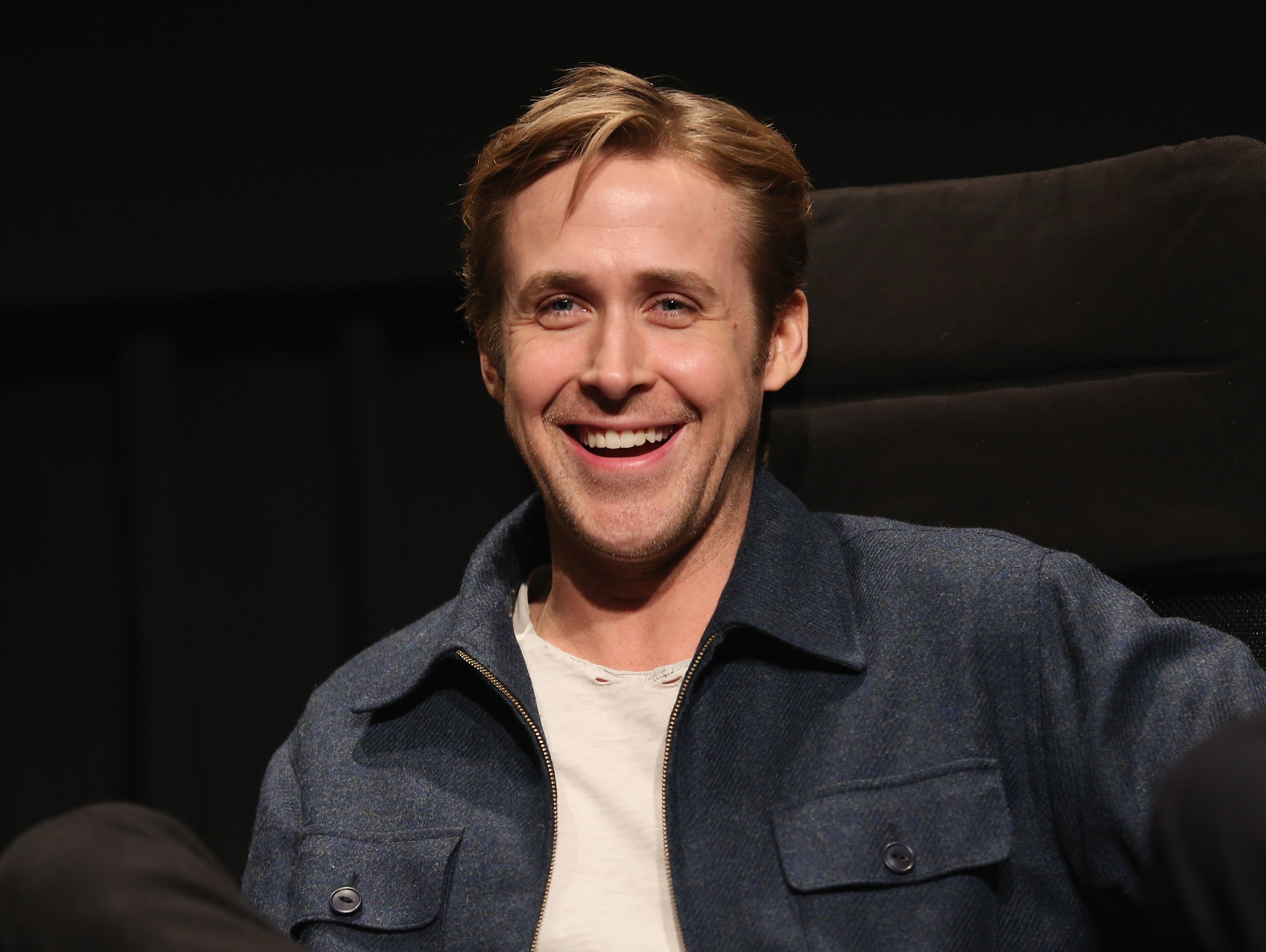 Great Job Funny Meme Ryan Gosling : Times ryan reynolds was hands down the funniest actor on twitter