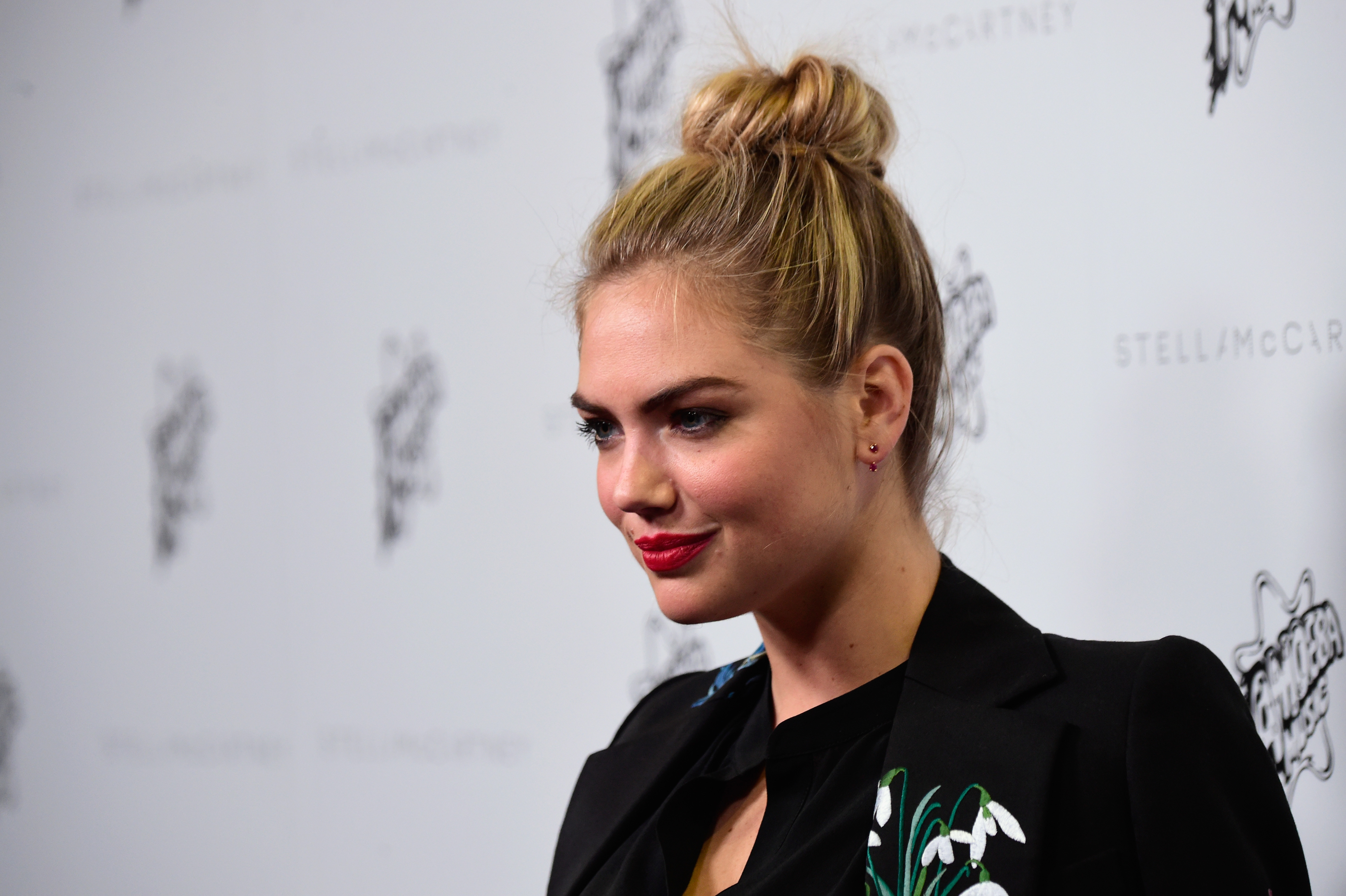 Kate Uptons No Makeup Instagram Shows A Different Side Of The Model - Kate-upton-no-makeup