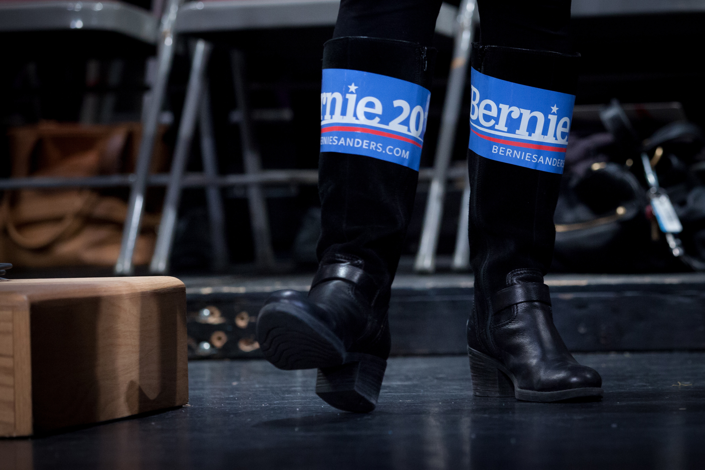 bernie sandals memes are the best thing to come out of new