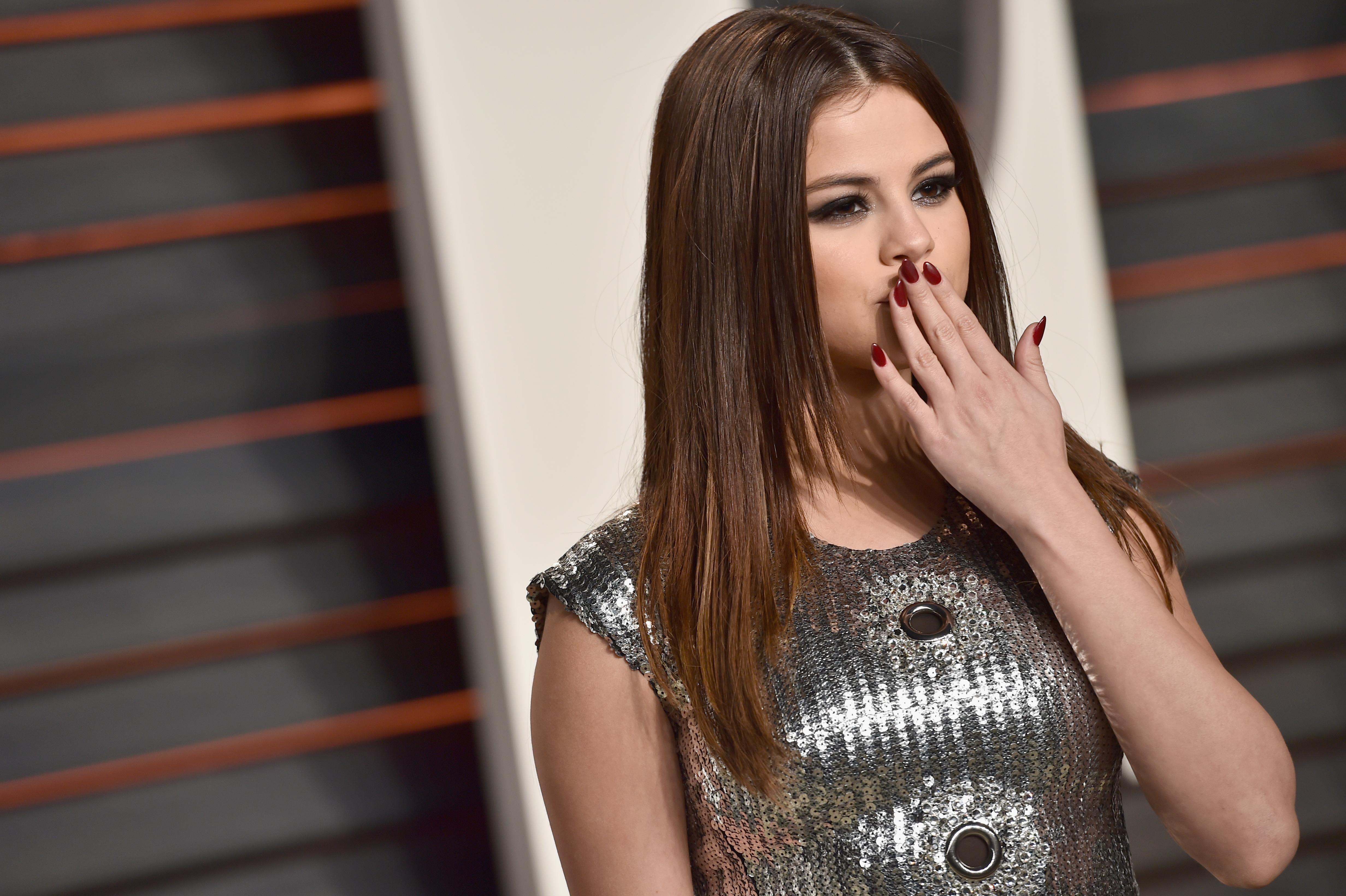 "Selena Gomez's ""Feel Me"" Lyrics Create The Perfect Song To"